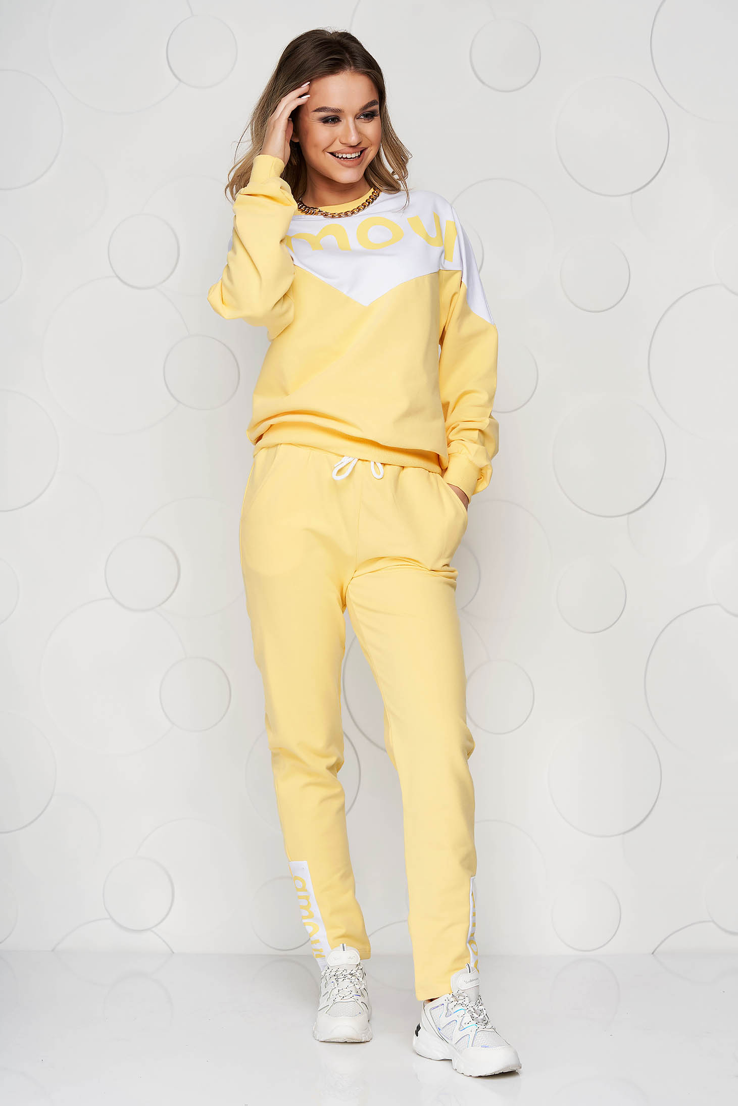 Yellow sport 2 pieces loose fit with graphic details cotton