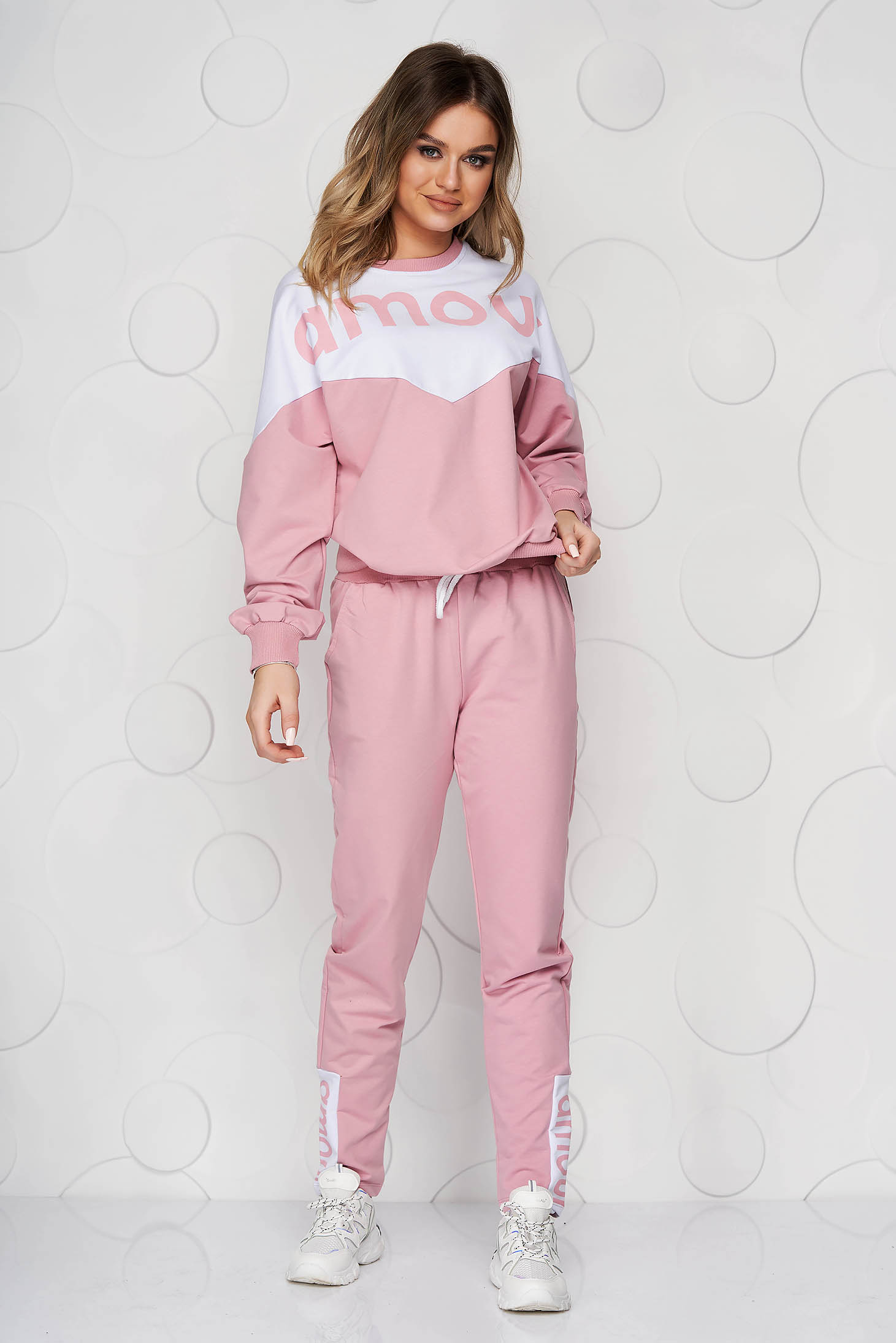 Pink sport 2 pieces loose fit with graphic details cotton
