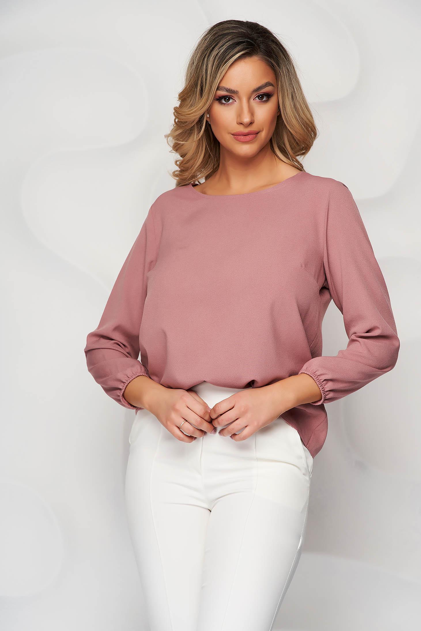 Bluza StarShinerS roz prafuit cu croi larg cu decolteu rotunjit din material elastic