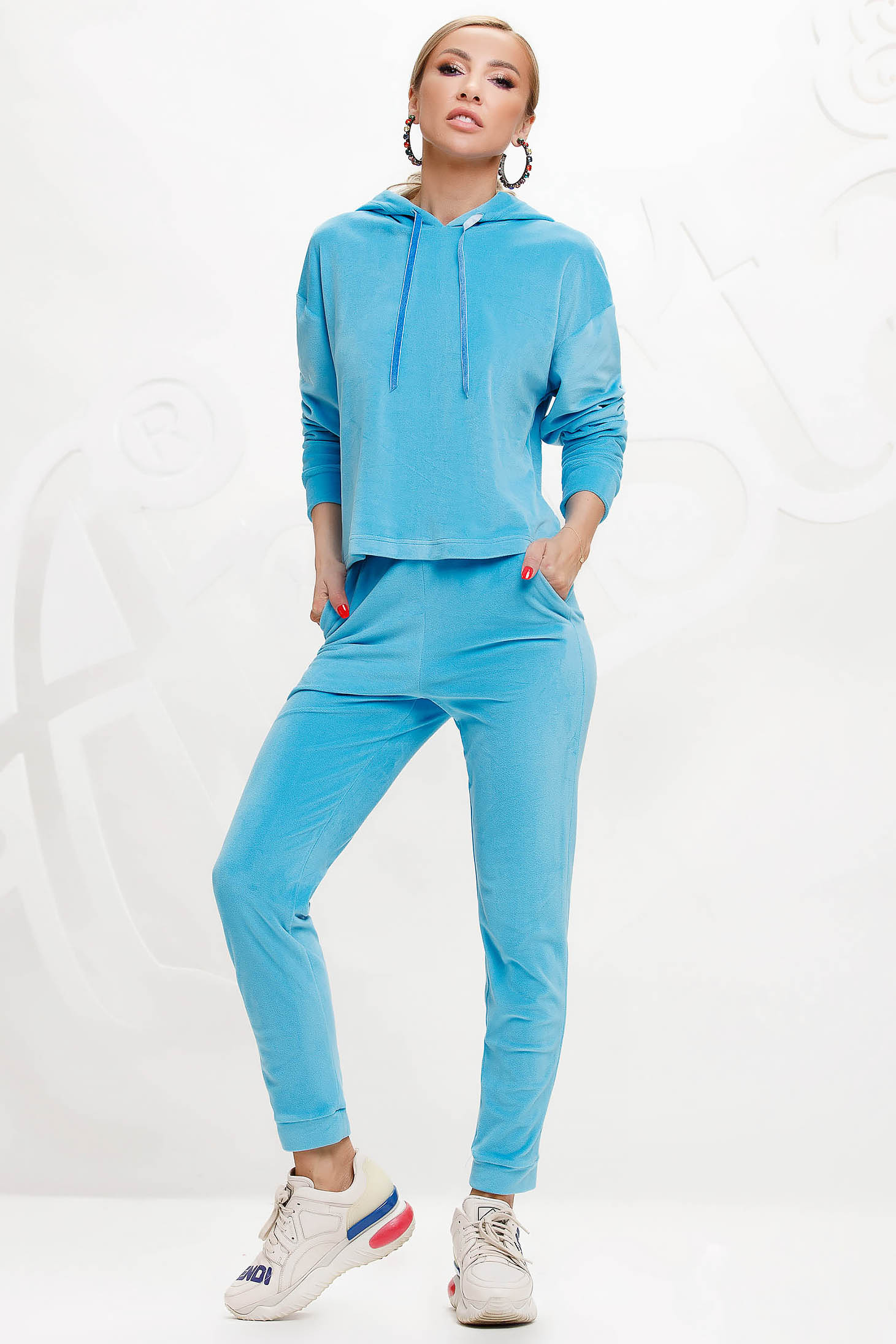 Lightblue sport 2 pieces 2 pieces loose fit with undetachable hood