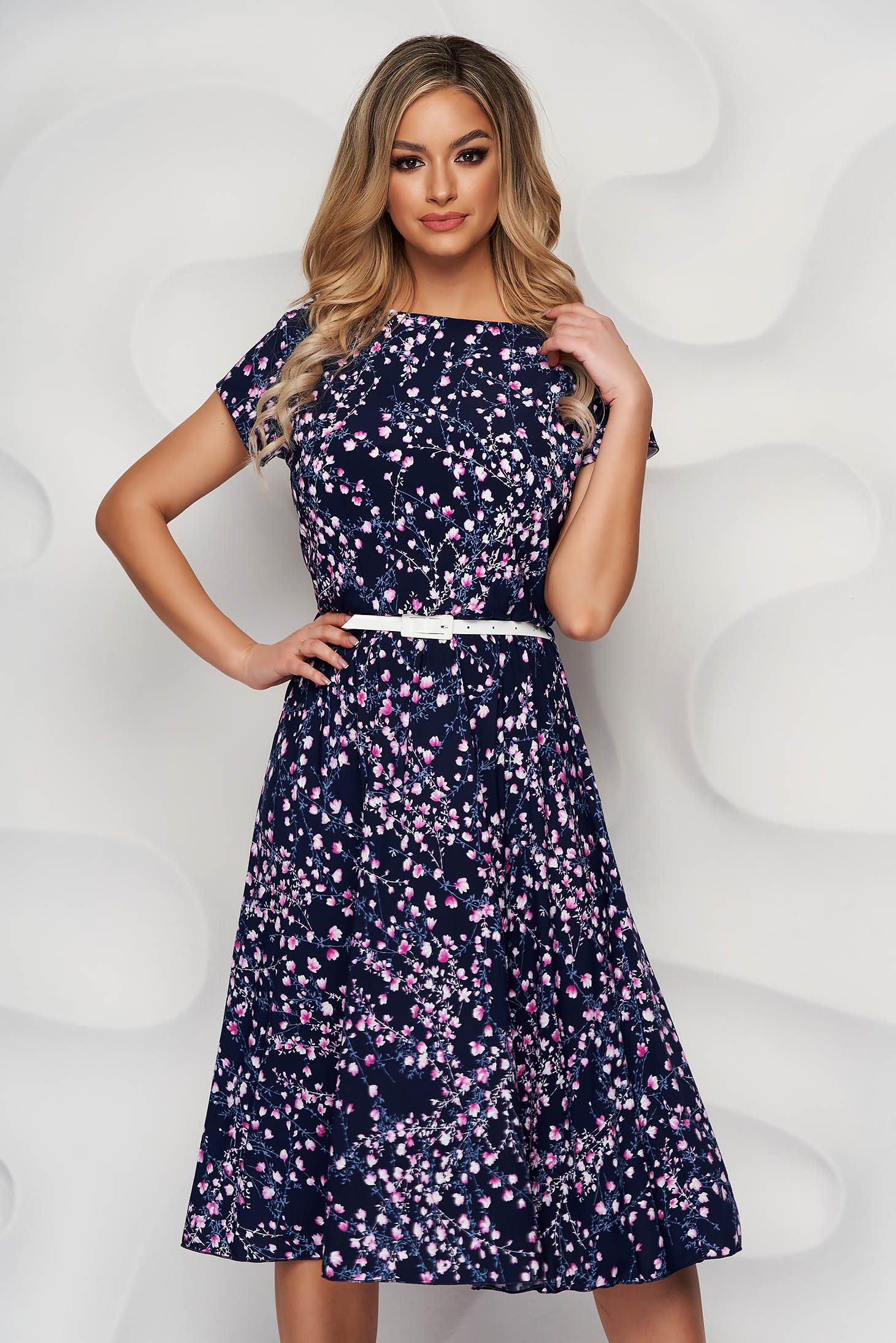 Darkblue dress with floral print cloche midi from elastic fabric accessorized with belt