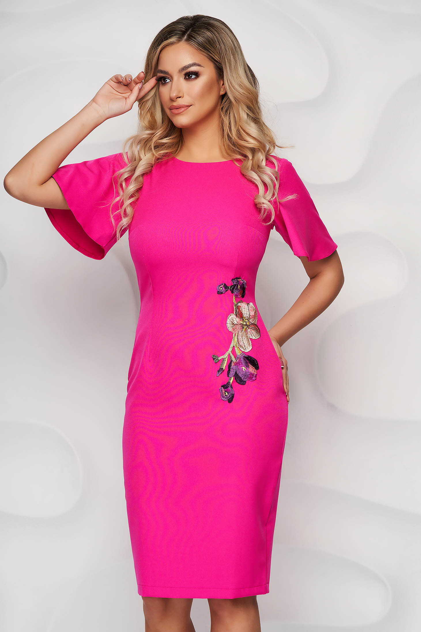 StarShinerS fuchsia elegant pencil dress with embroidery details