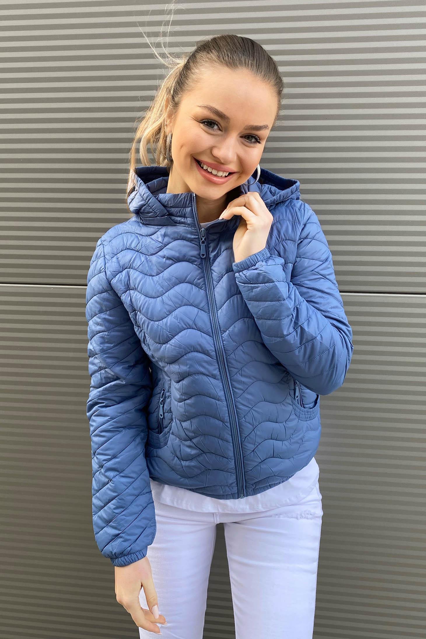 Kék dzseki szűkített vízlepergető steppelt anyag vékony anyag