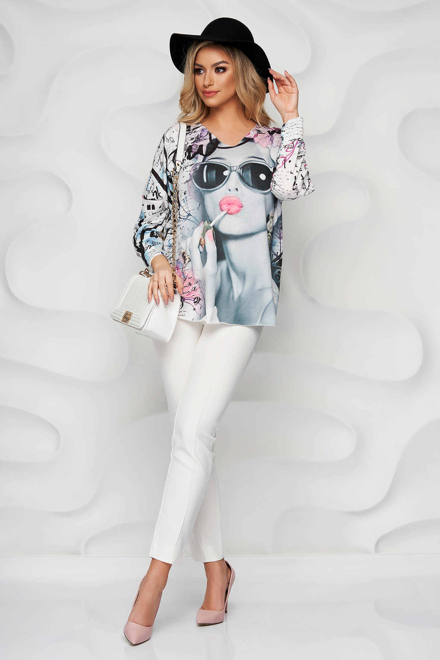 Pink women`s blouse with graphic details elastic cotton with v-neckline loose fit