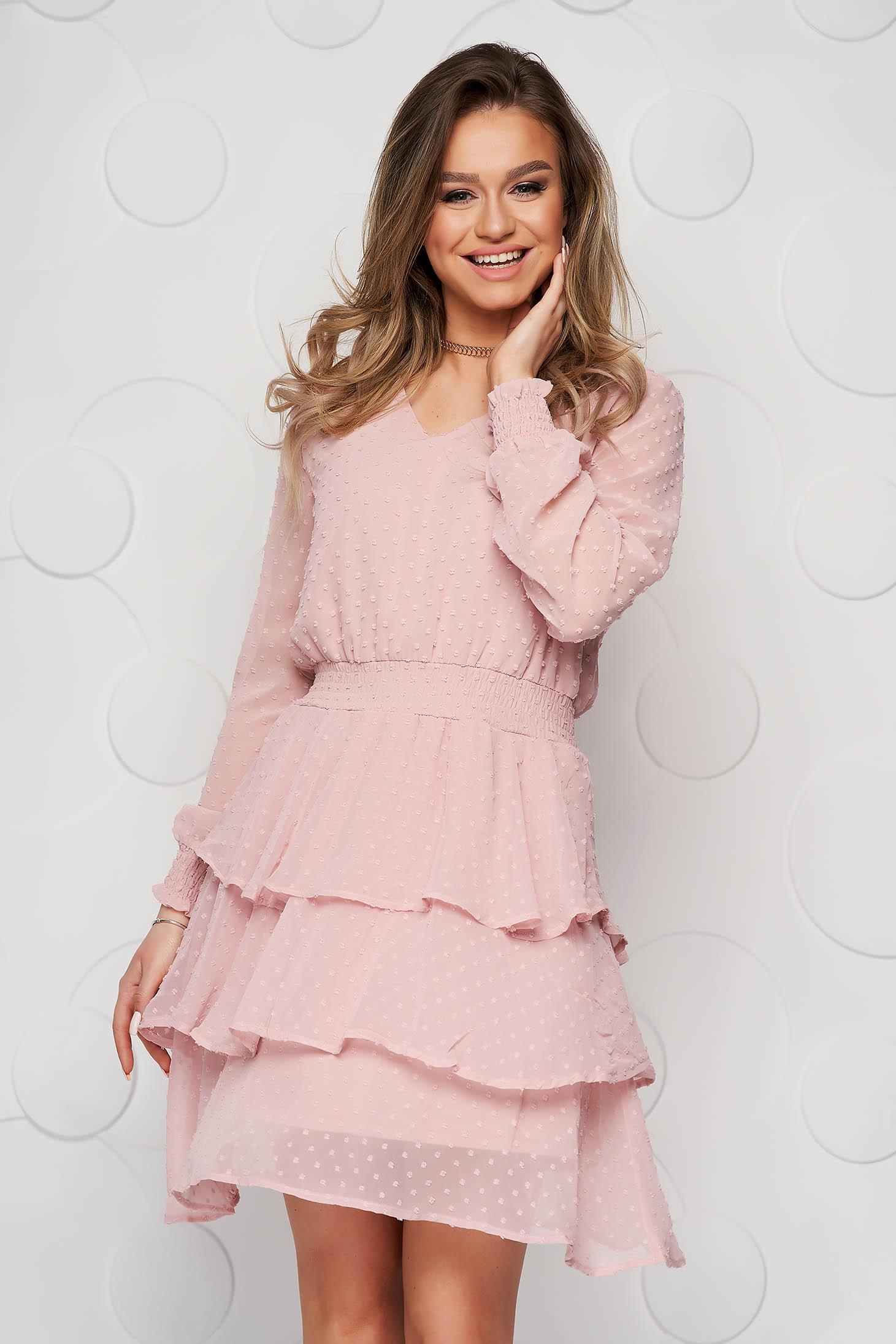 Rochie Top Secret roz prafuit scurta in clos din voal cu aplicatii din plumeti si volanase