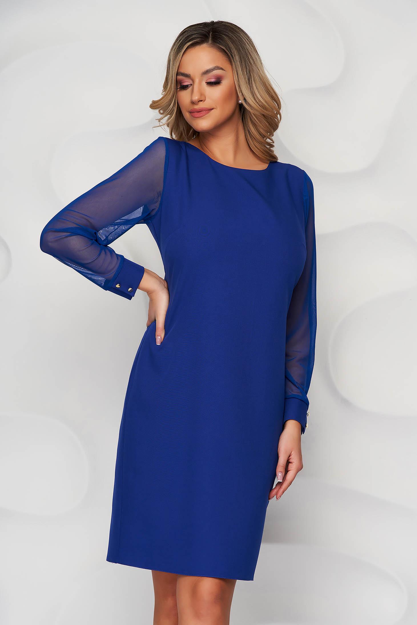 Rochie albastra din material elastic cu un croi drept cu maneci transparente
