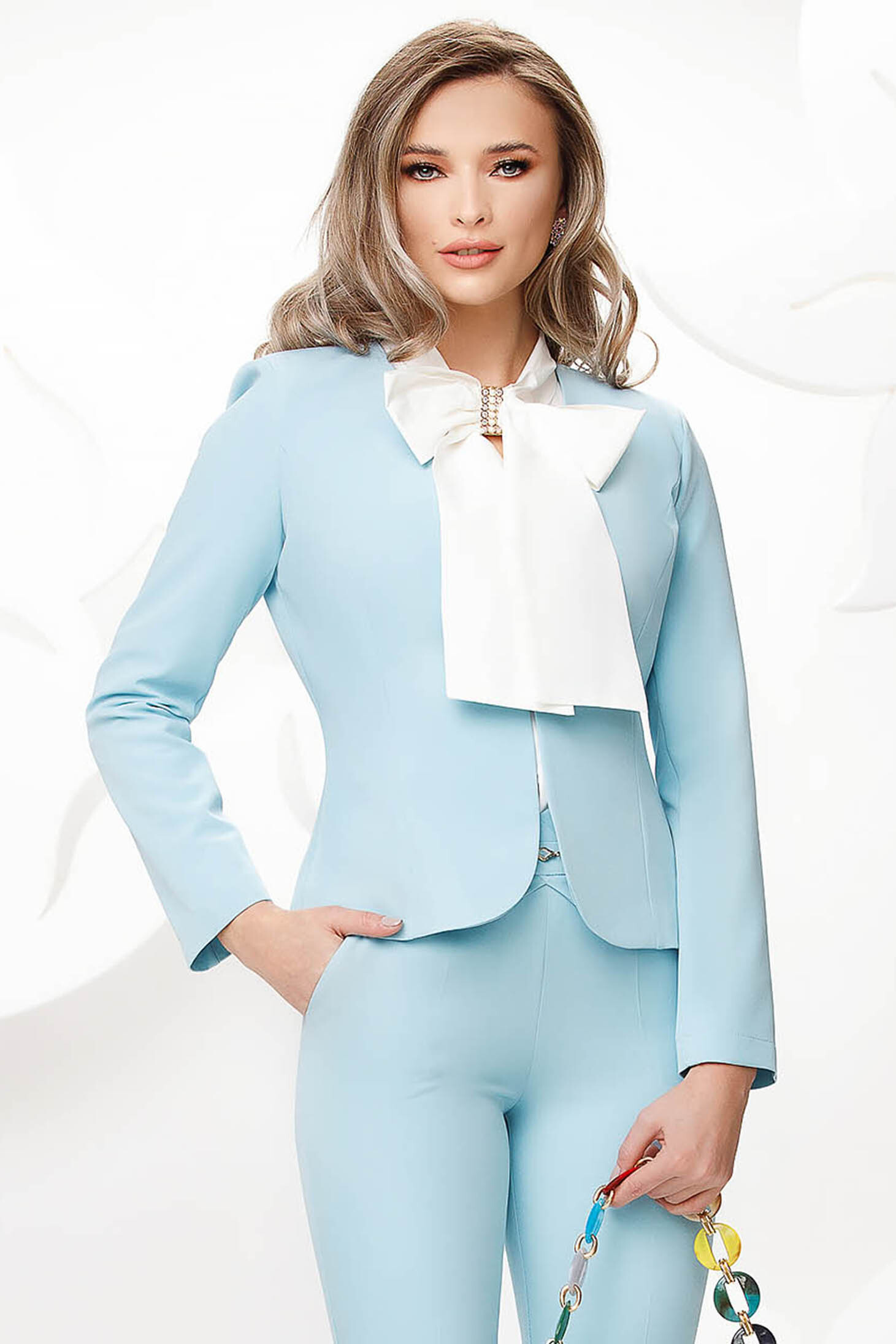 Lightblue office tented jacket slightly elastic fabric with padded shoulders