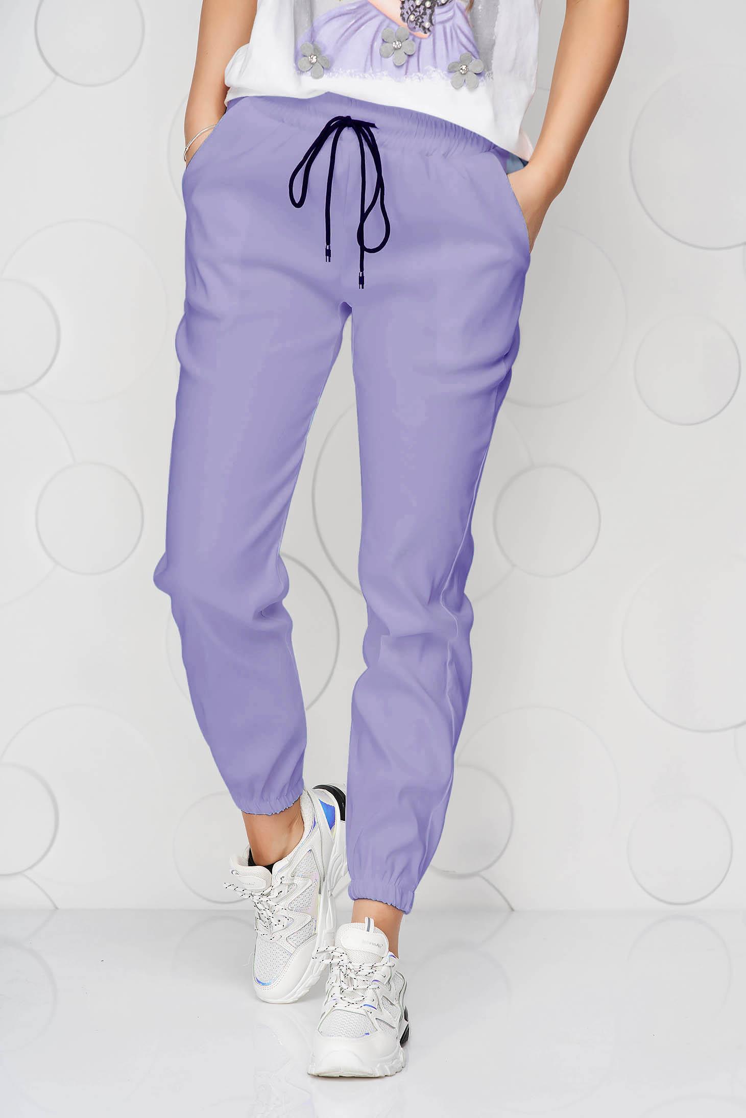 Pantaloni SunShine mov din material subtire cu buzunare si talie medie