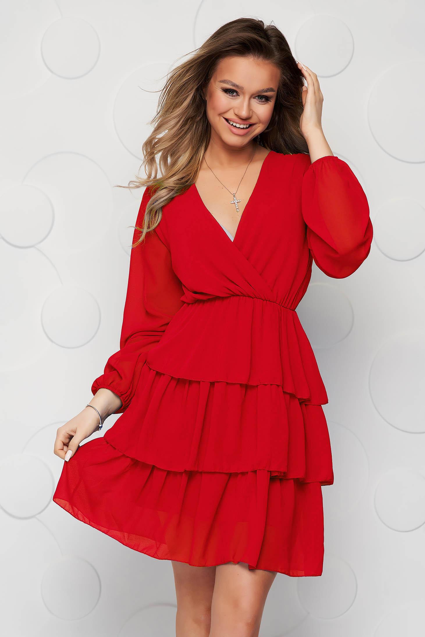 Piros fodros ruha muszlinból harang alakú gumirozott derékrésszel