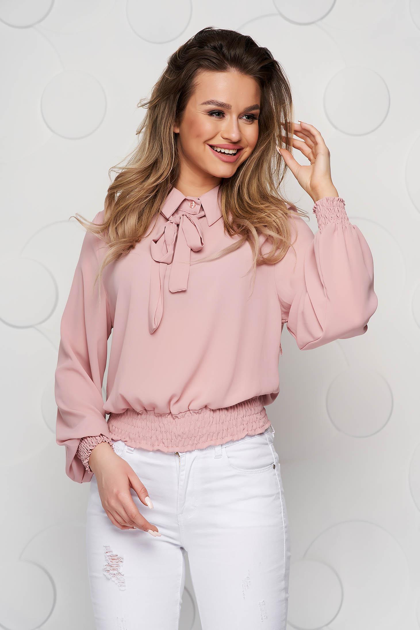 Bluza dama SunShine roz prafuit din voal cu elastic in talie si guler tip esarfa