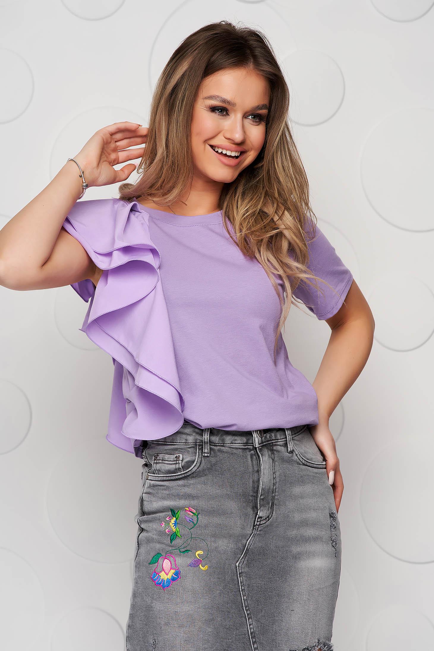 Lila women`s blouse loose fit short cut with ruffle details voile details