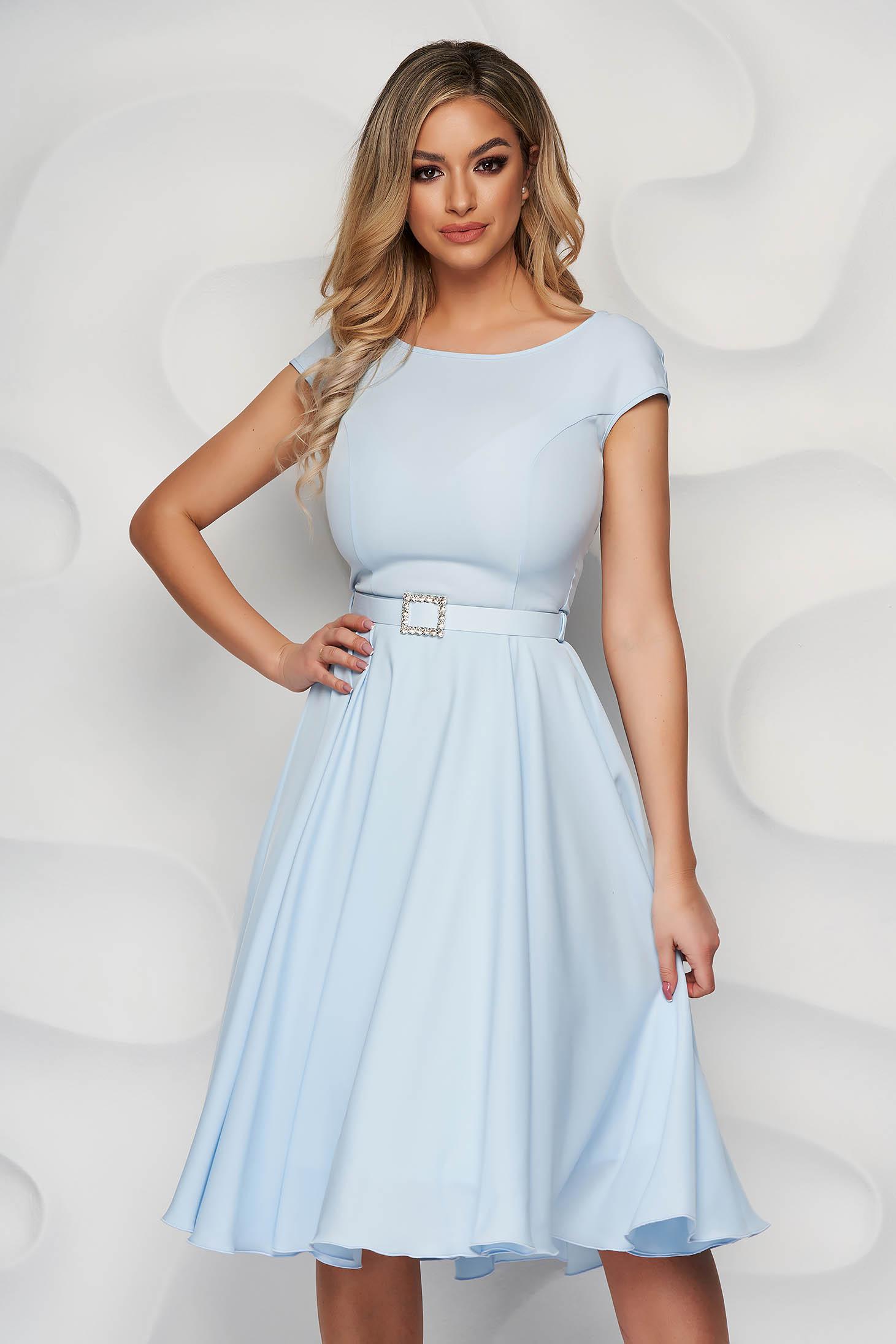 StarShinerS lightblue dress elegant midi cloth accessorized with a waistband