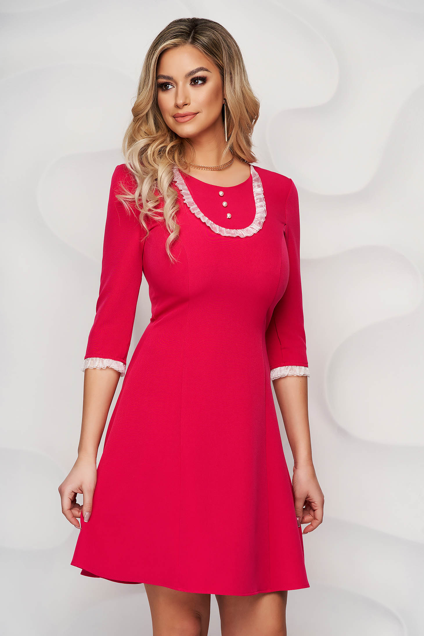 Dress StarShinerS raspberry elegant short cut with lace details cloth