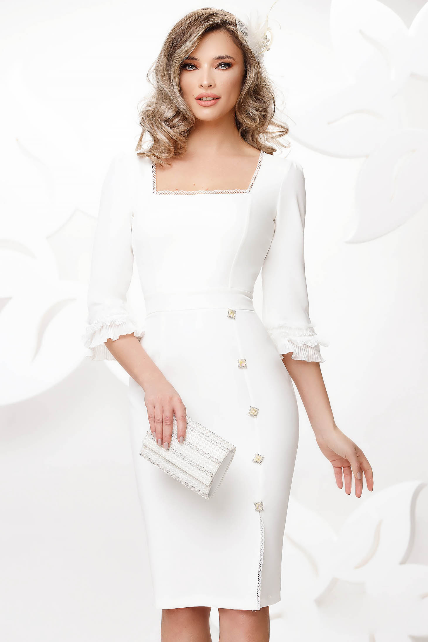 Ivory dress elegant slightly elastic fabric with lace details with button accessories