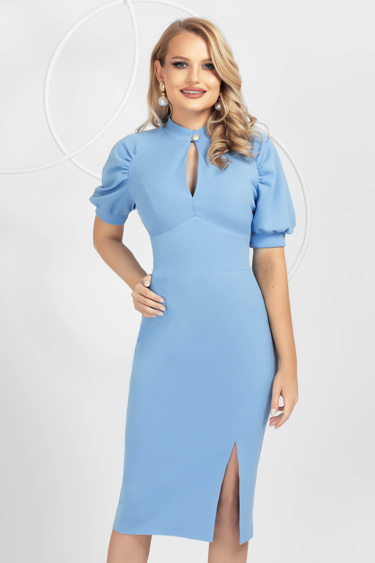 Lightblue dress pencil from elastic fabric with puffed sleeves frontal slit