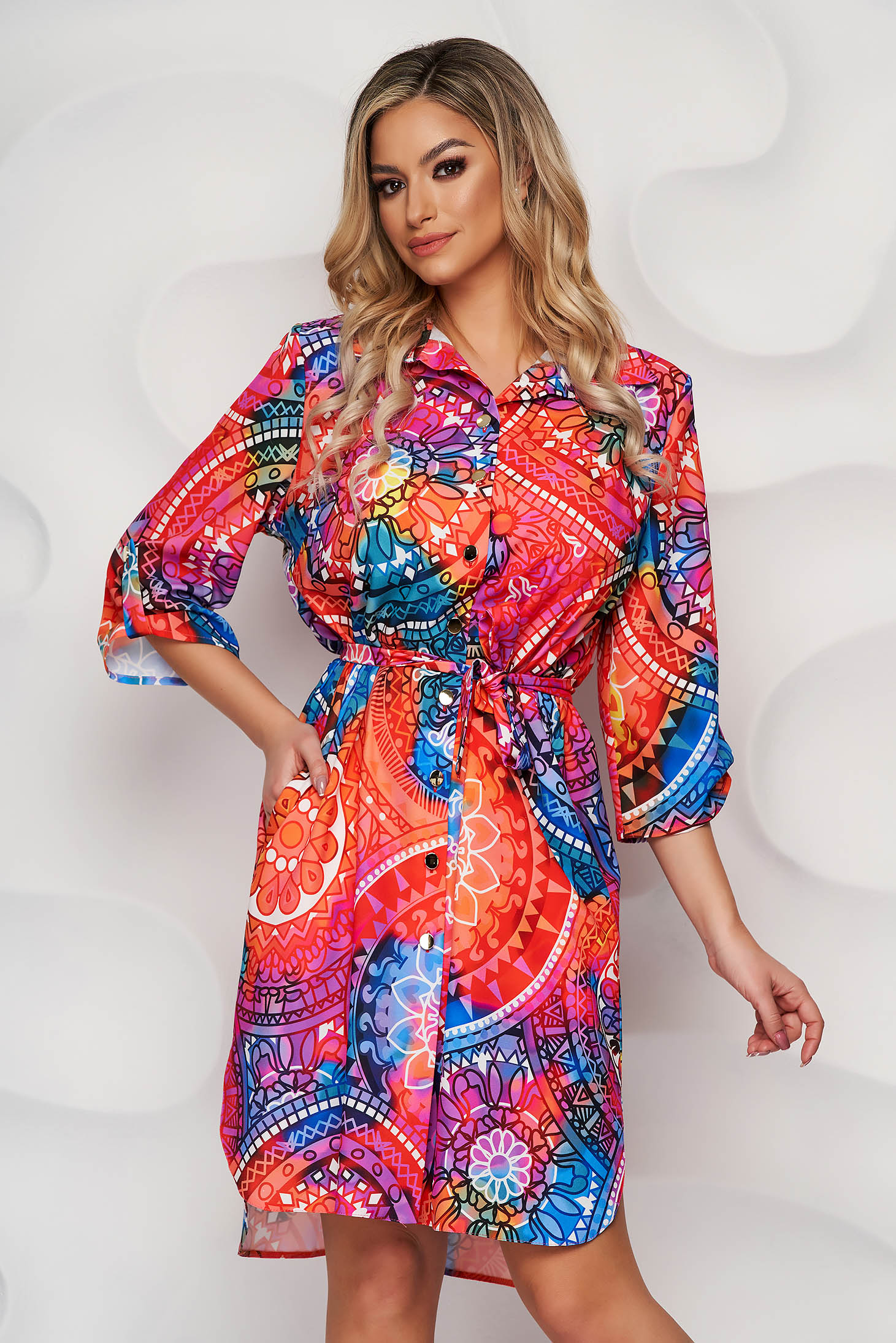StarShinerS dress with floral print accessorized with tied waistband slightly elastic fabric