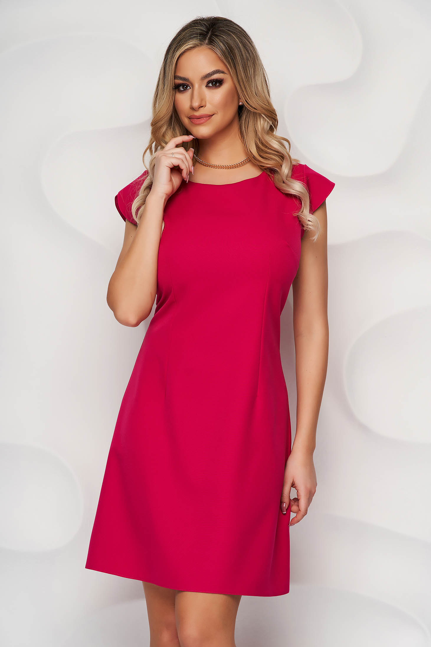 Fuchsia dress a-line slightly elastic fabric with rounded cleavage