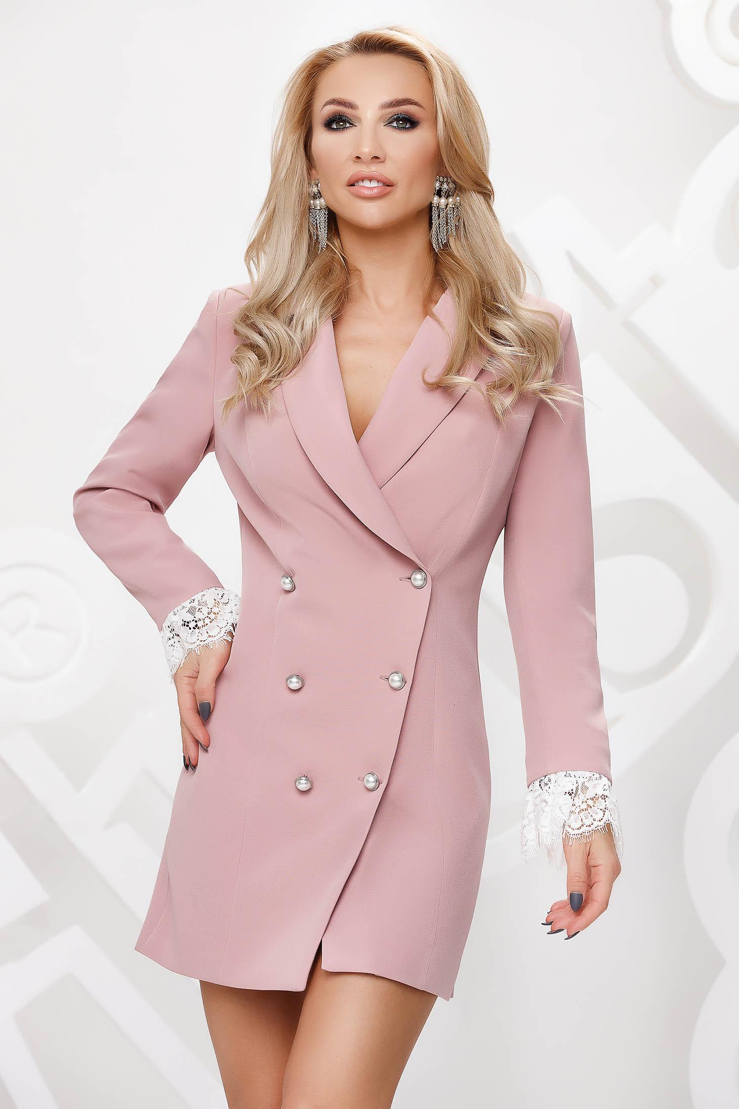 Púder rózsaszínű ruha rövid ceruza gomb kiegészítőkkel csipke díszítéssel