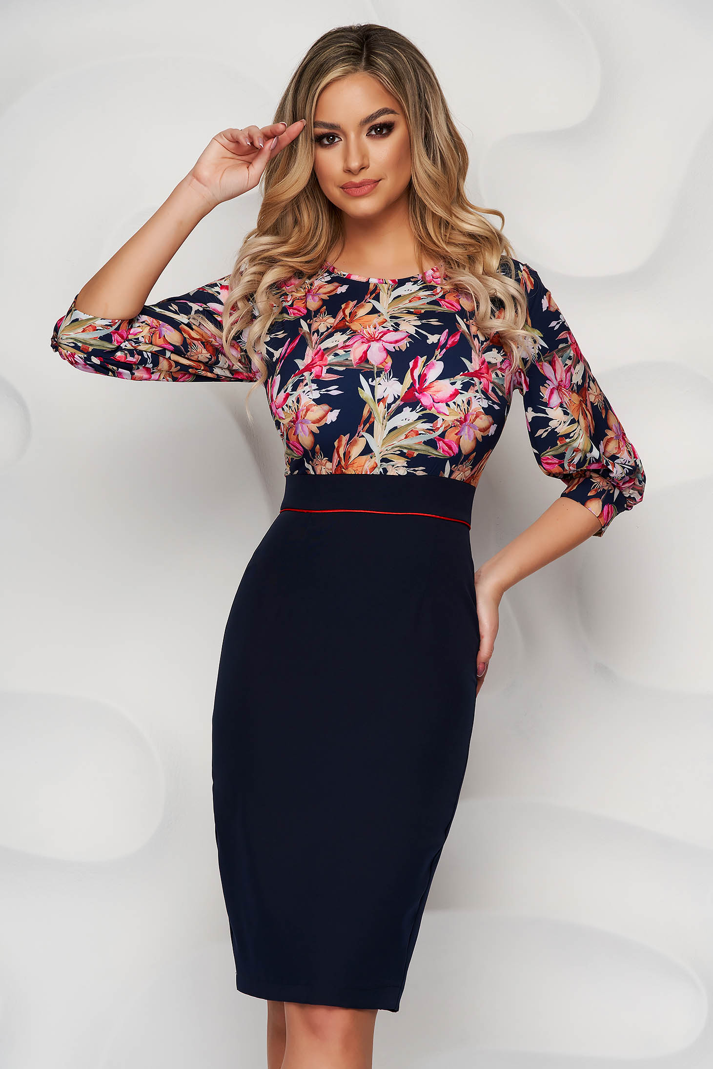 StarShinerS darkblue dress elegant midi cloth with rounded cleavage with 3/4 sleeves back slit