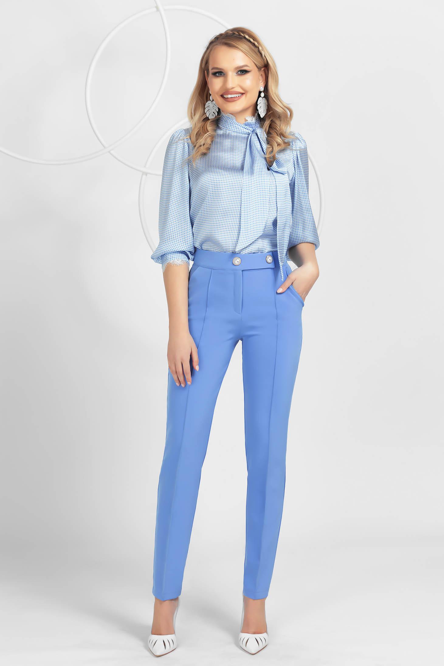 Pantaloni PrettyGirl albastri deschis conici din material usor elastic cu talie medie