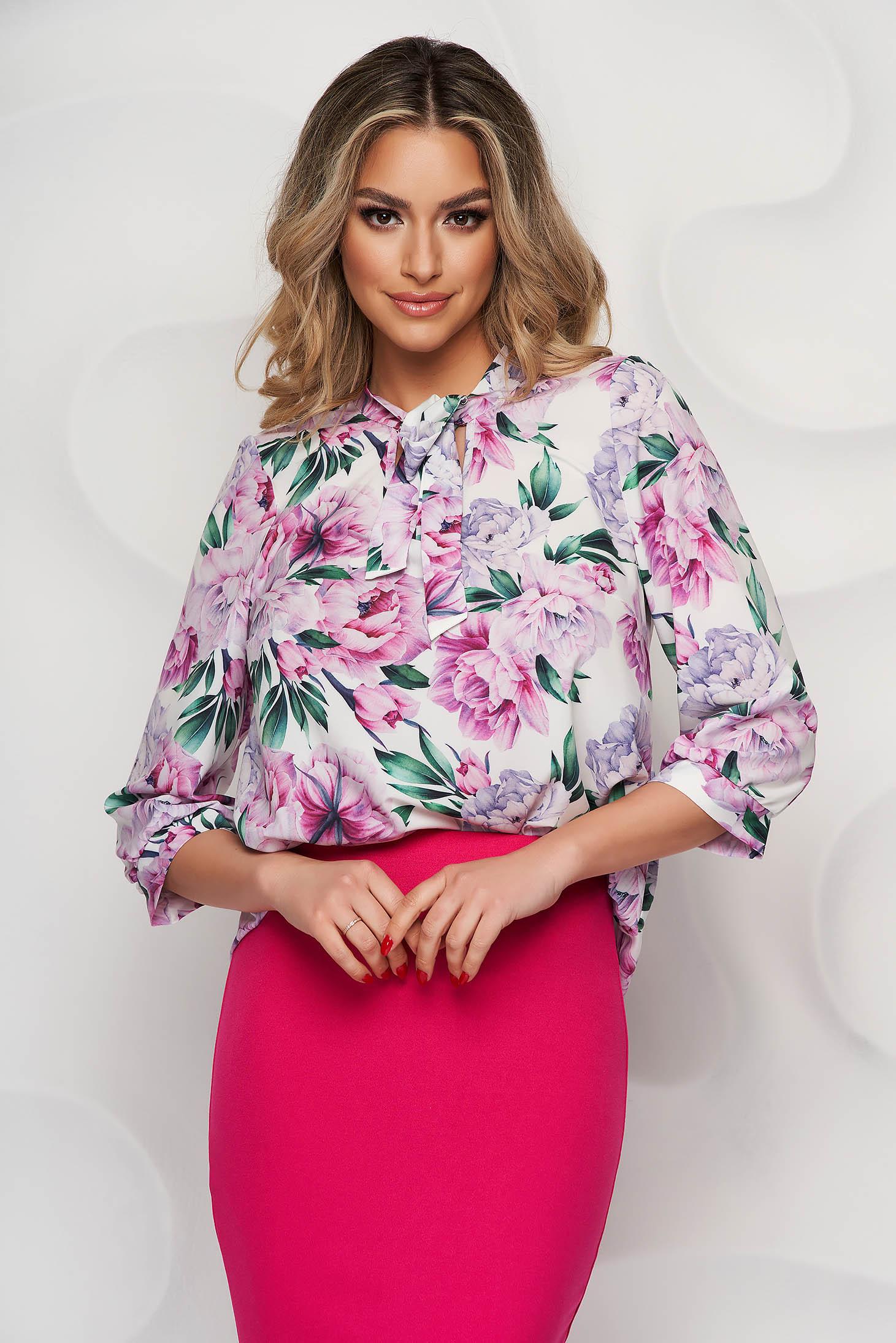 Bluza dama StarShinerS cu imprimeu floral din material vaporos cu guler tip esarfa