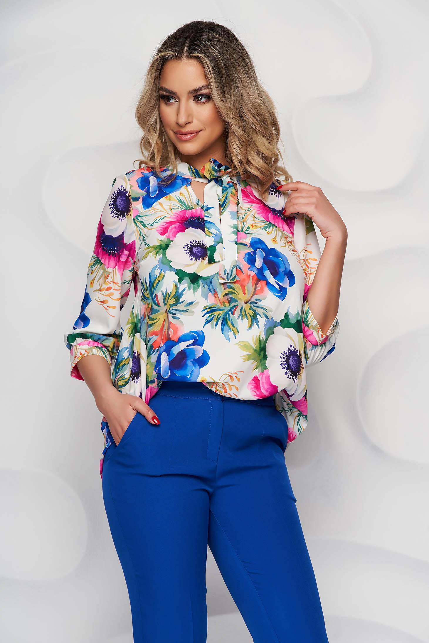 Bluza dama StarShinerS cu imprimeu floral din material subtire cu guler tip esarfa si croi larg
