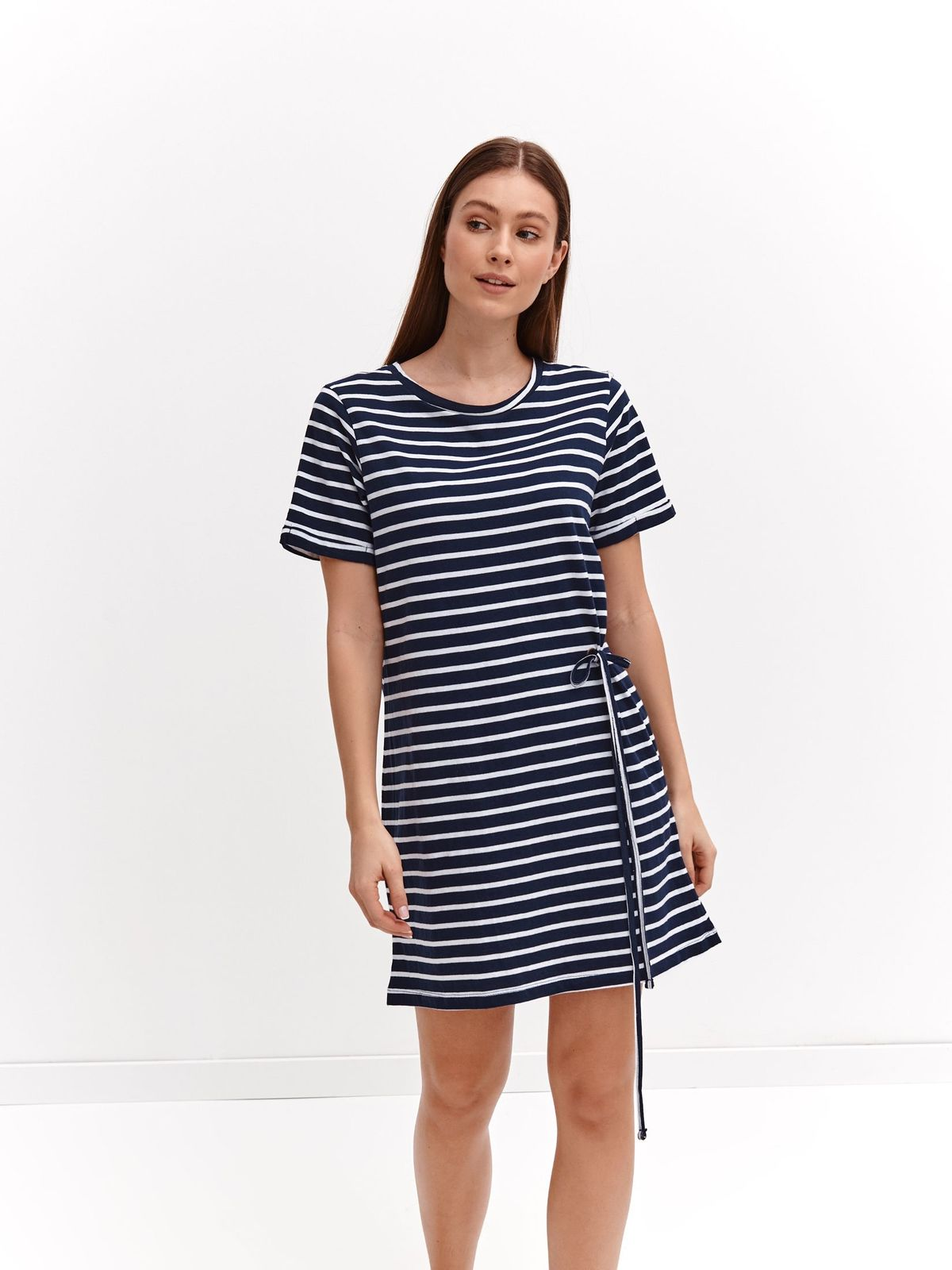 Darkblue dress casual thin fabric with round collar straight