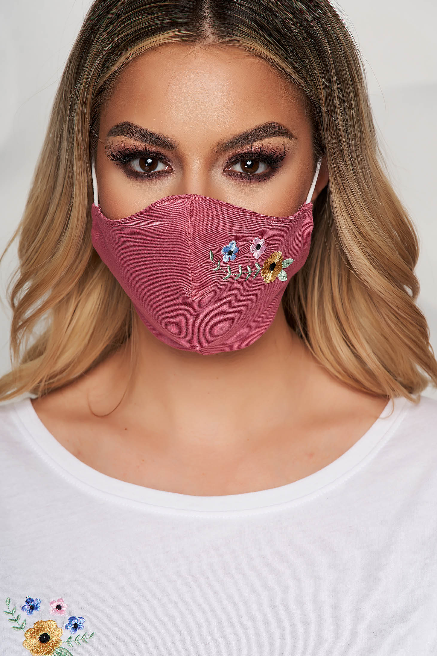 StarShinerS burgundy face masks
