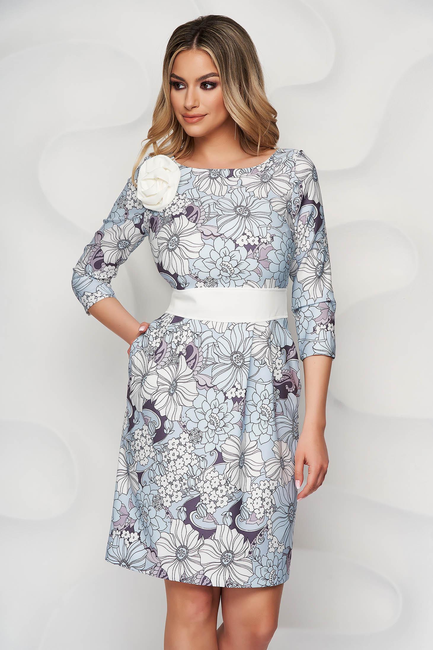 Világoskék StarShinerS elegáns midi virágmintás ruha kerekített dekoltázssal és hátul cipzárral zárható