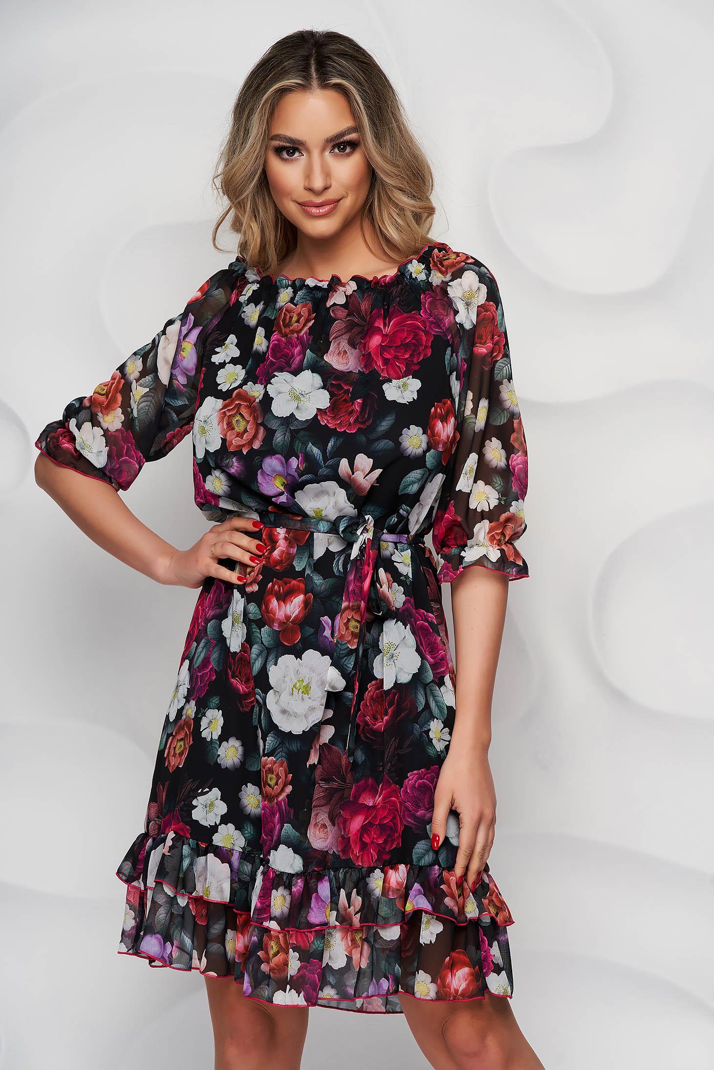 Rochie StarShinerS cu imprimeu floral midi din material subtire cu volanase la baza rochiei si maneci prinse in elastic