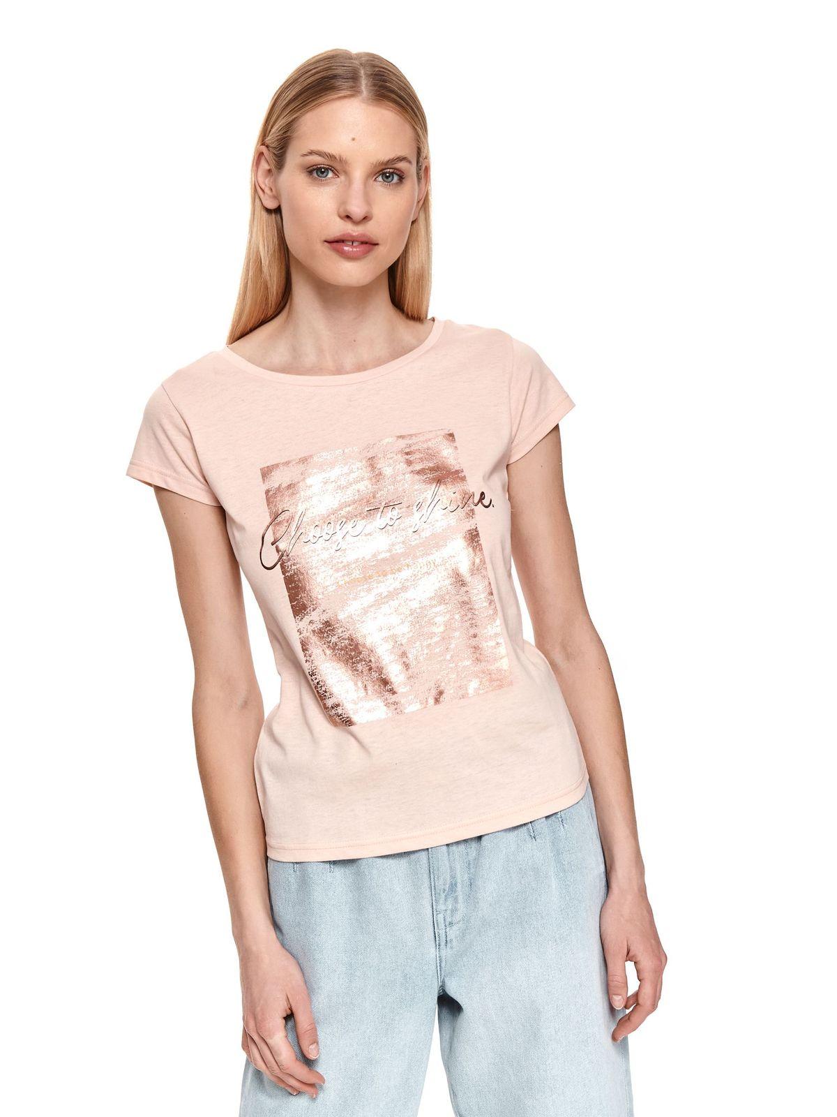 Világos rózsaszínű póló grafikai díszítéssel pamutból készült