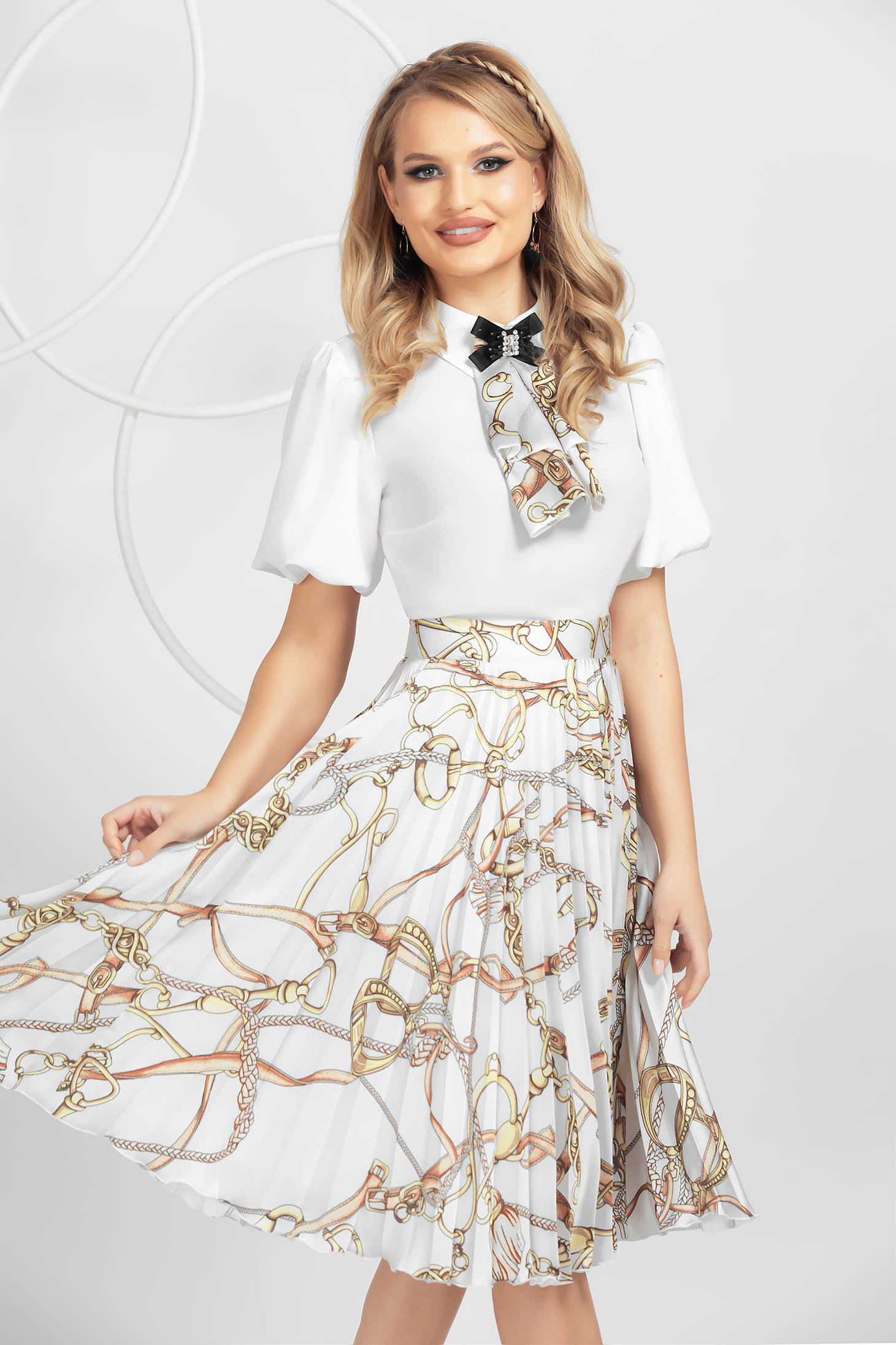 Grey skirt airy fabric with floral print with elastic waist pleats of material
