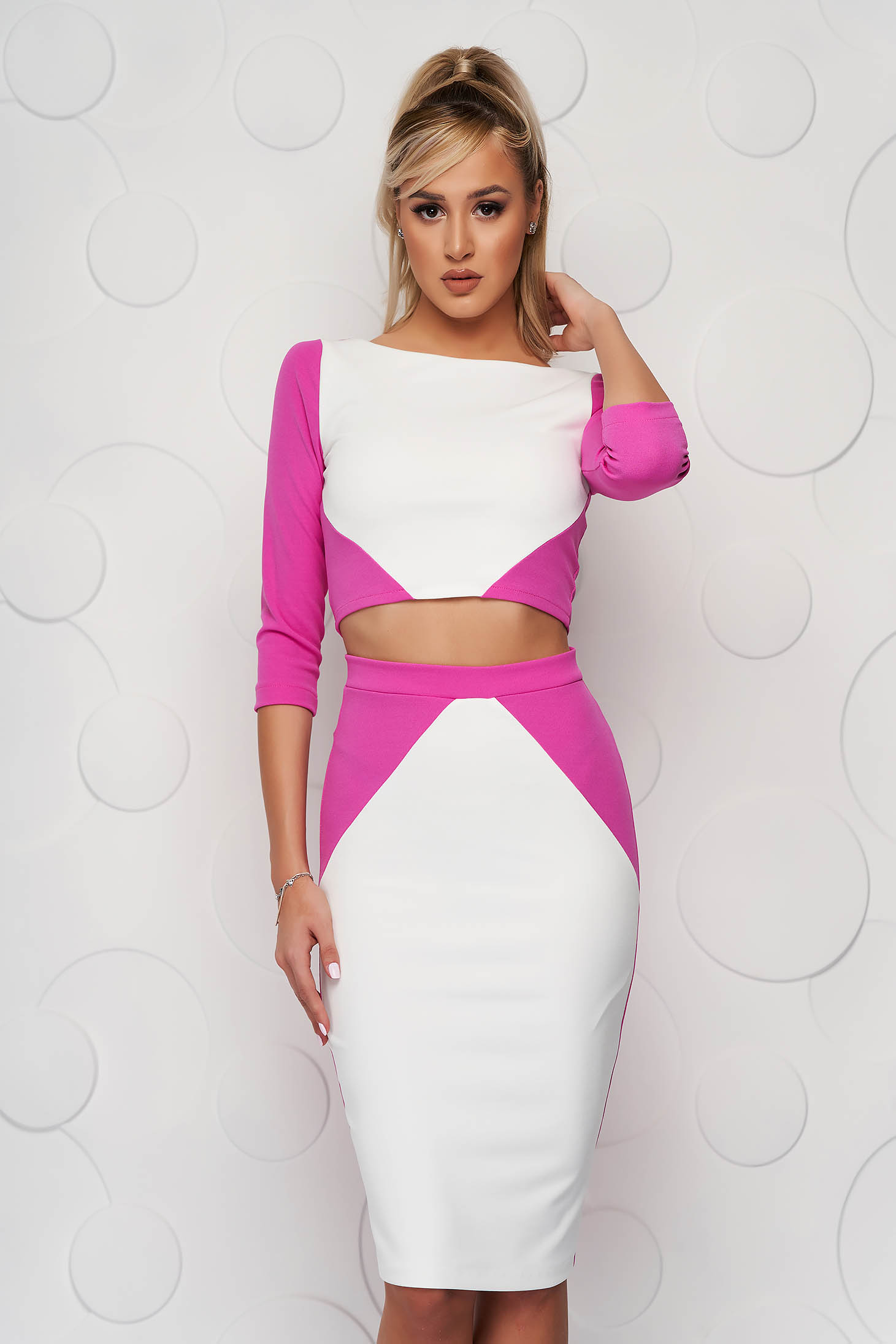 StarShinerS pink set with tented cut with graphic details