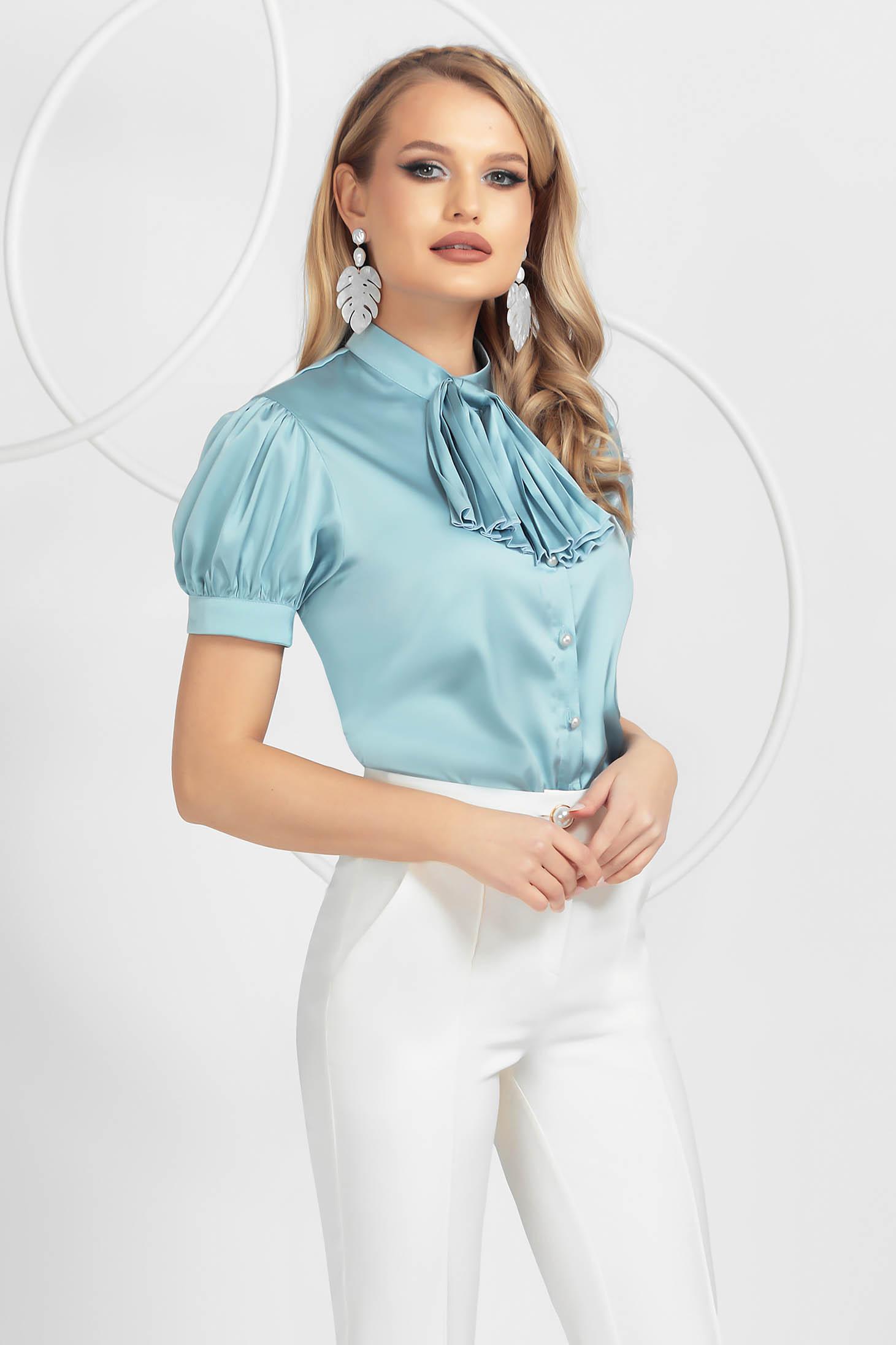 Bluza dama PrettyGirl albastru-deschis eleganta cu croi larg din satin cu jabou plisat