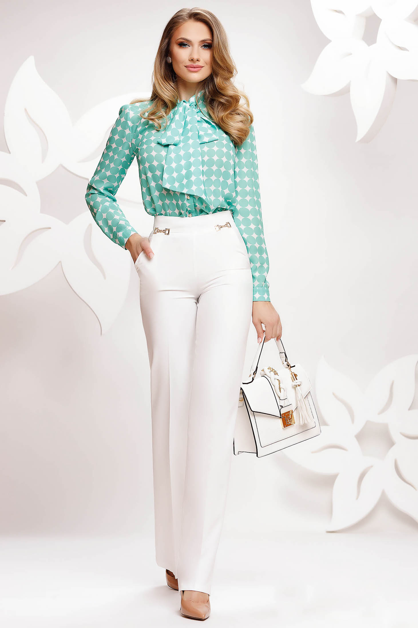 White trousers elegant conical thin fabric high waisted