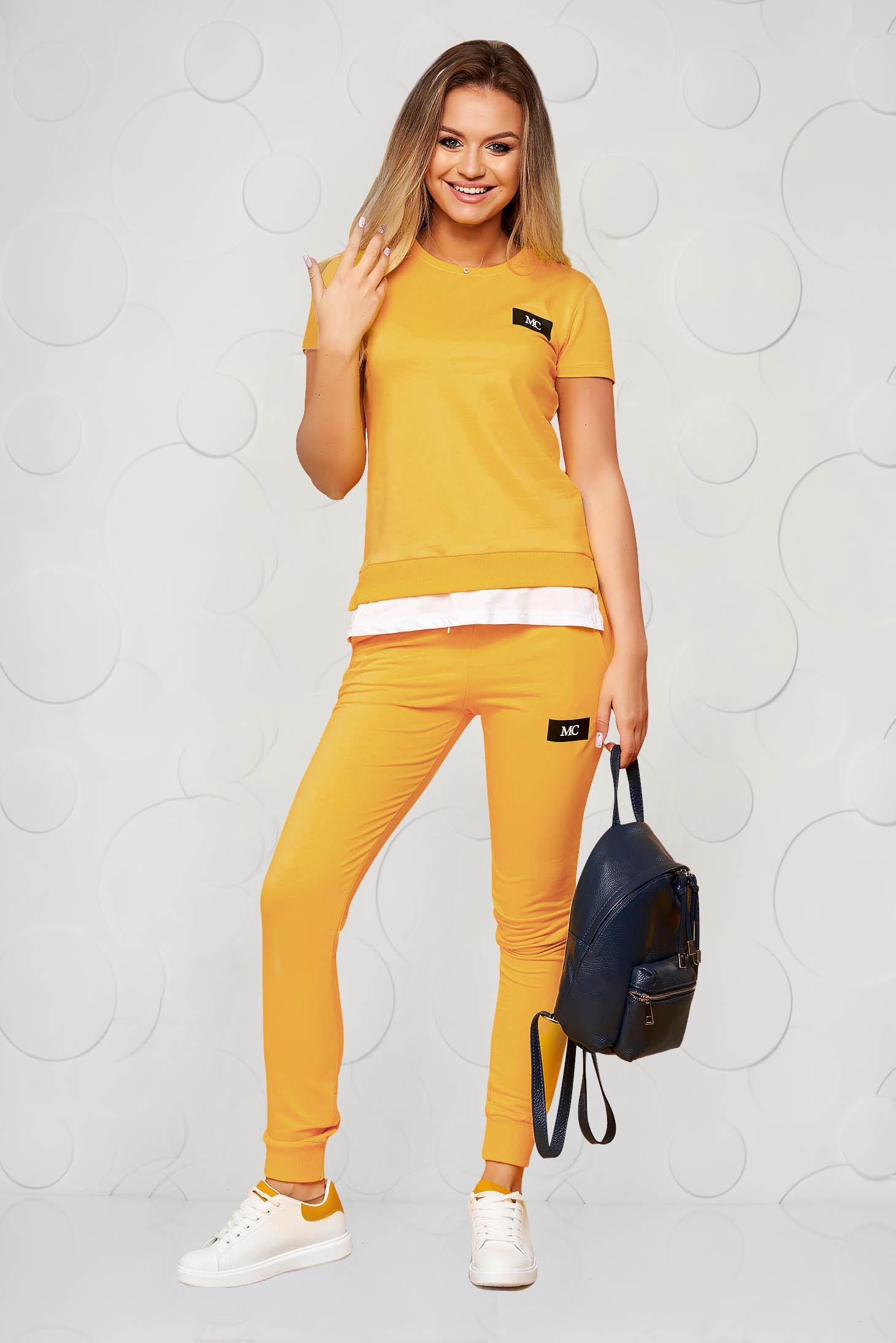 Mustársárga casual kétrészes pamutból készült sportos szett nadrággal