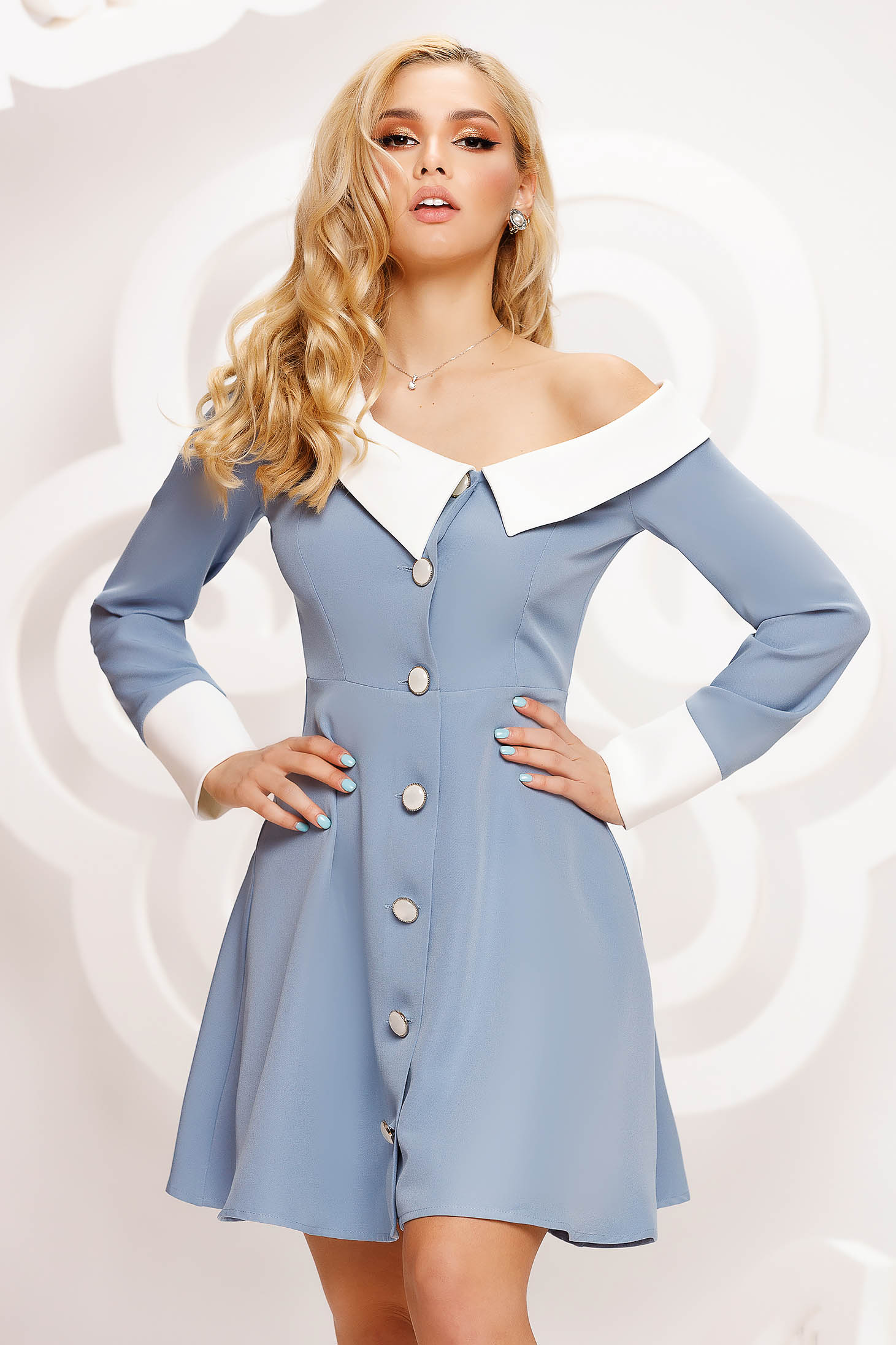 Rochie Artista albastra de ocazie in clos pe umar accesorizata cu nasturi si guler