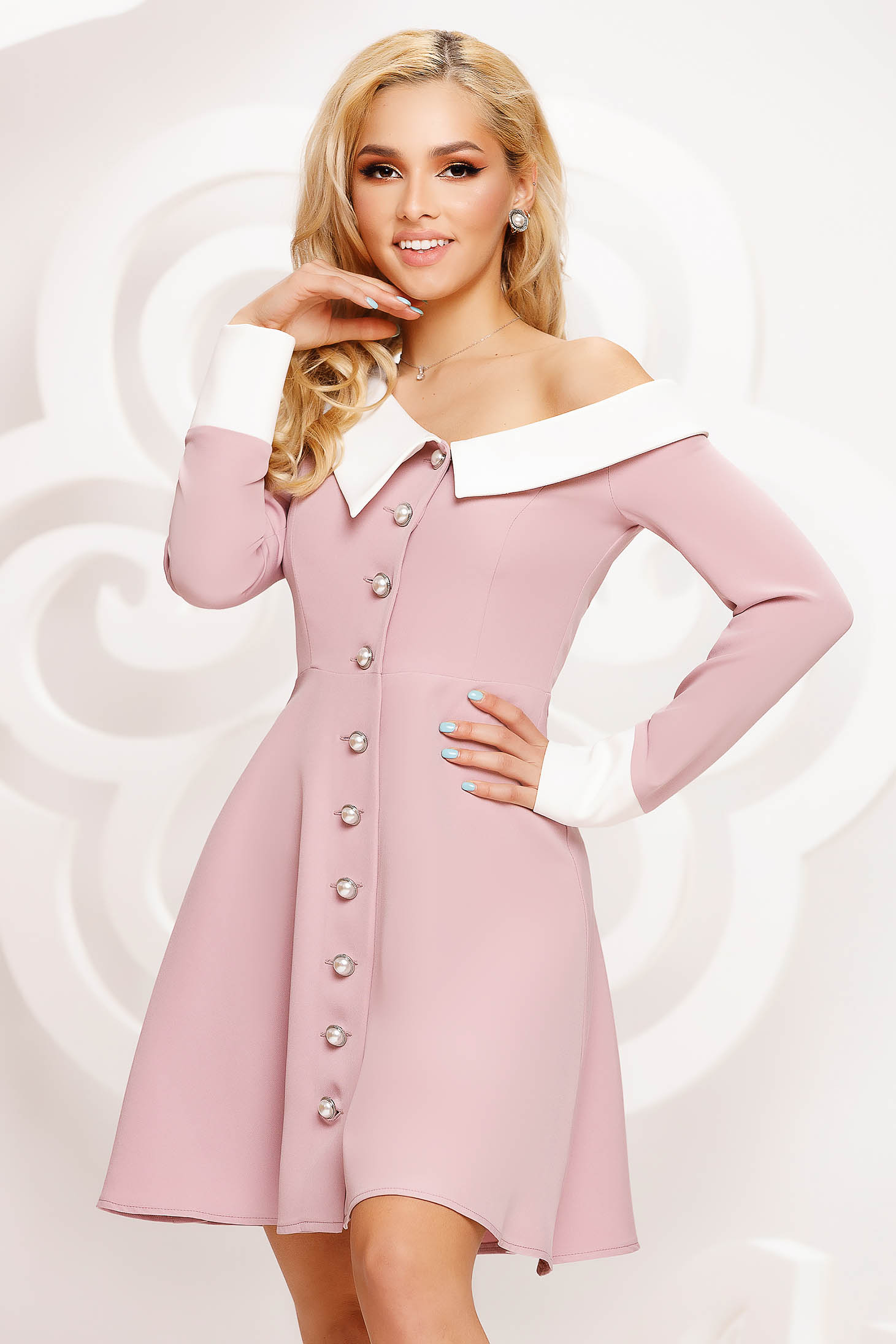 Rochie Artista roz prafuit de ocazie in clos pe umar accesorizata cu nasturi si guler