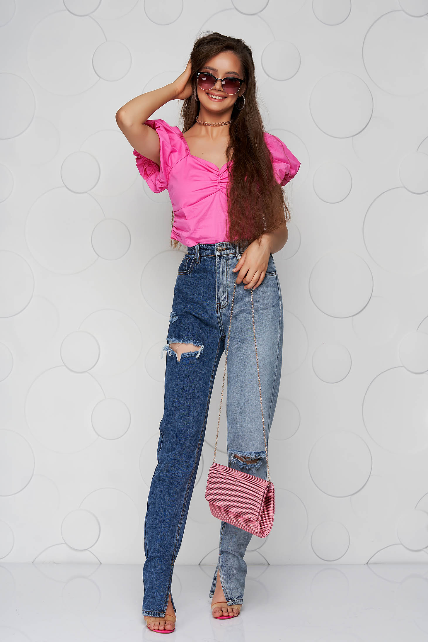 Blue jeans denim high waisted small rupture of material