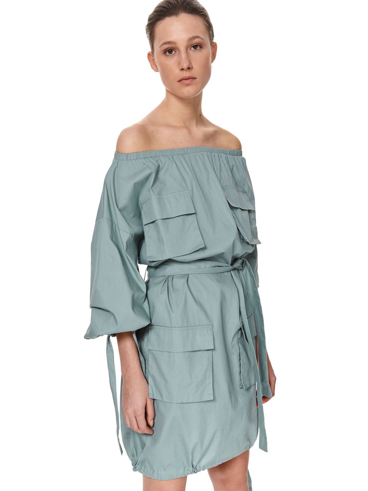 Green dress cotton on the shoulders with pockets loose fit