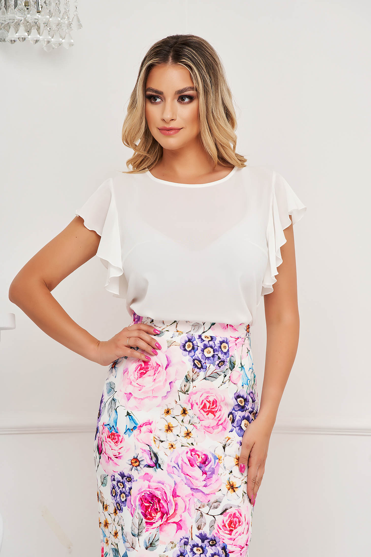 StarShinerS white women`s blouse elegant with ruffle details loose fit with rounded cleavage