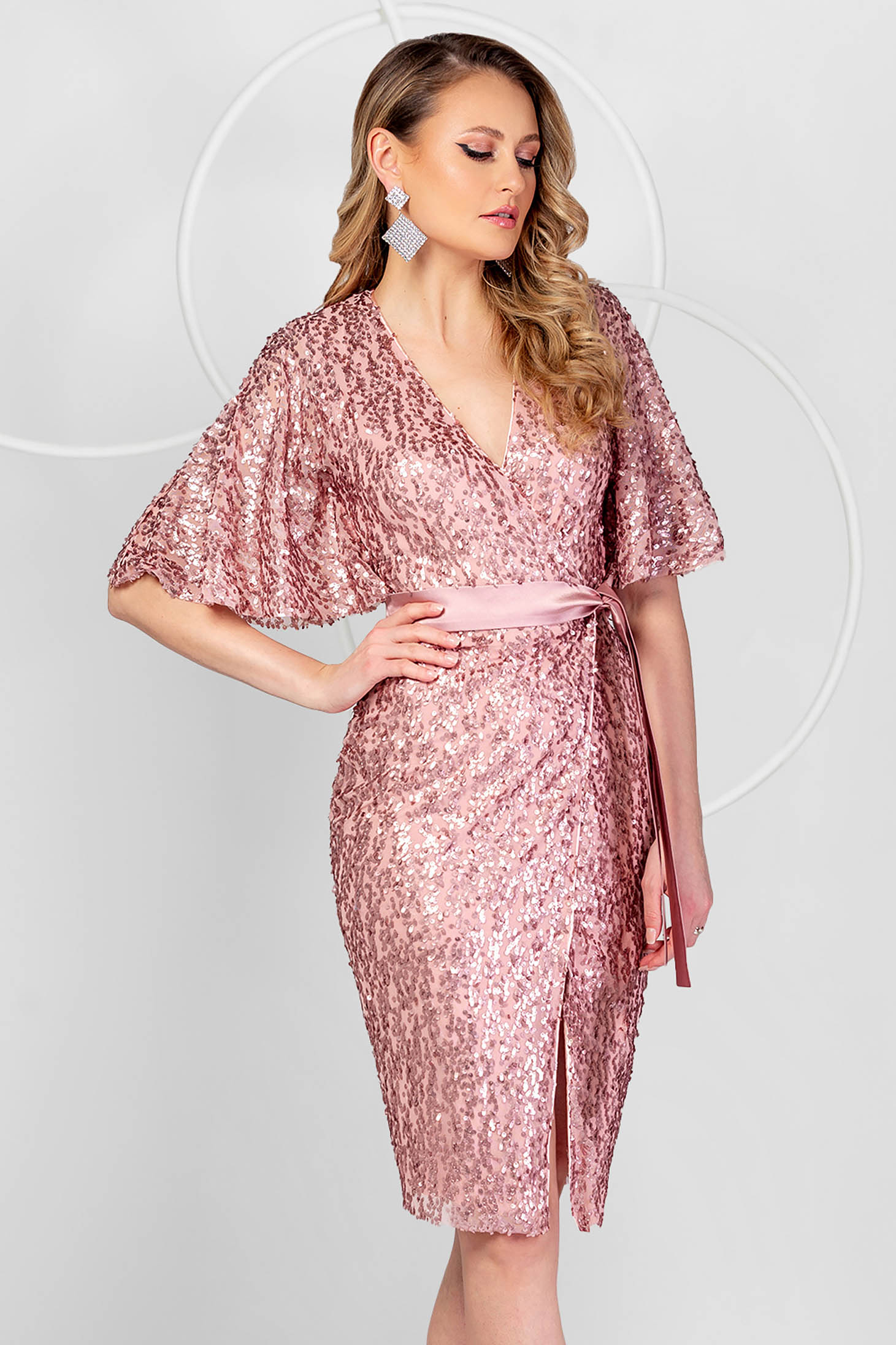Lightpink dress occasional a-line with sequins with butterfly sleeves