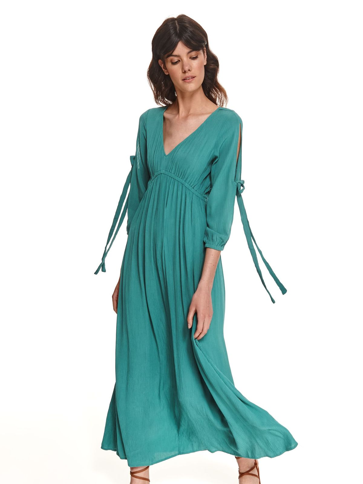 Turquoise dress with v-neckline long airy fabric