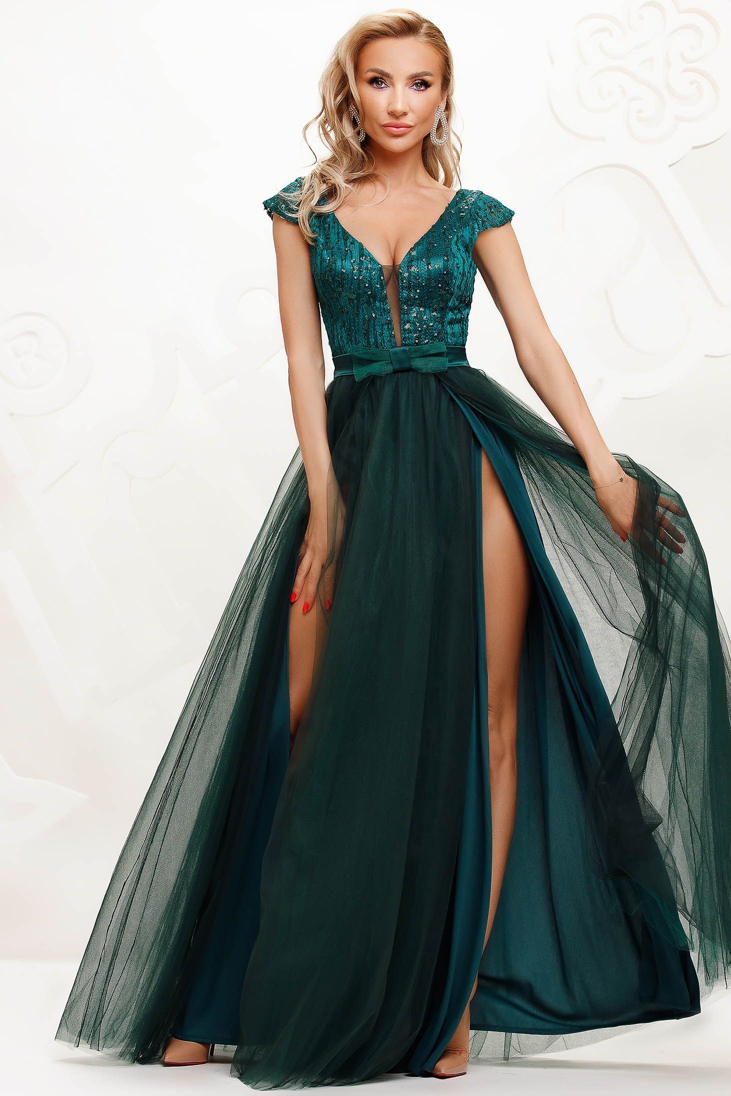 Darkgreen dress from tulle cloche occasional slit with sequin embellished details