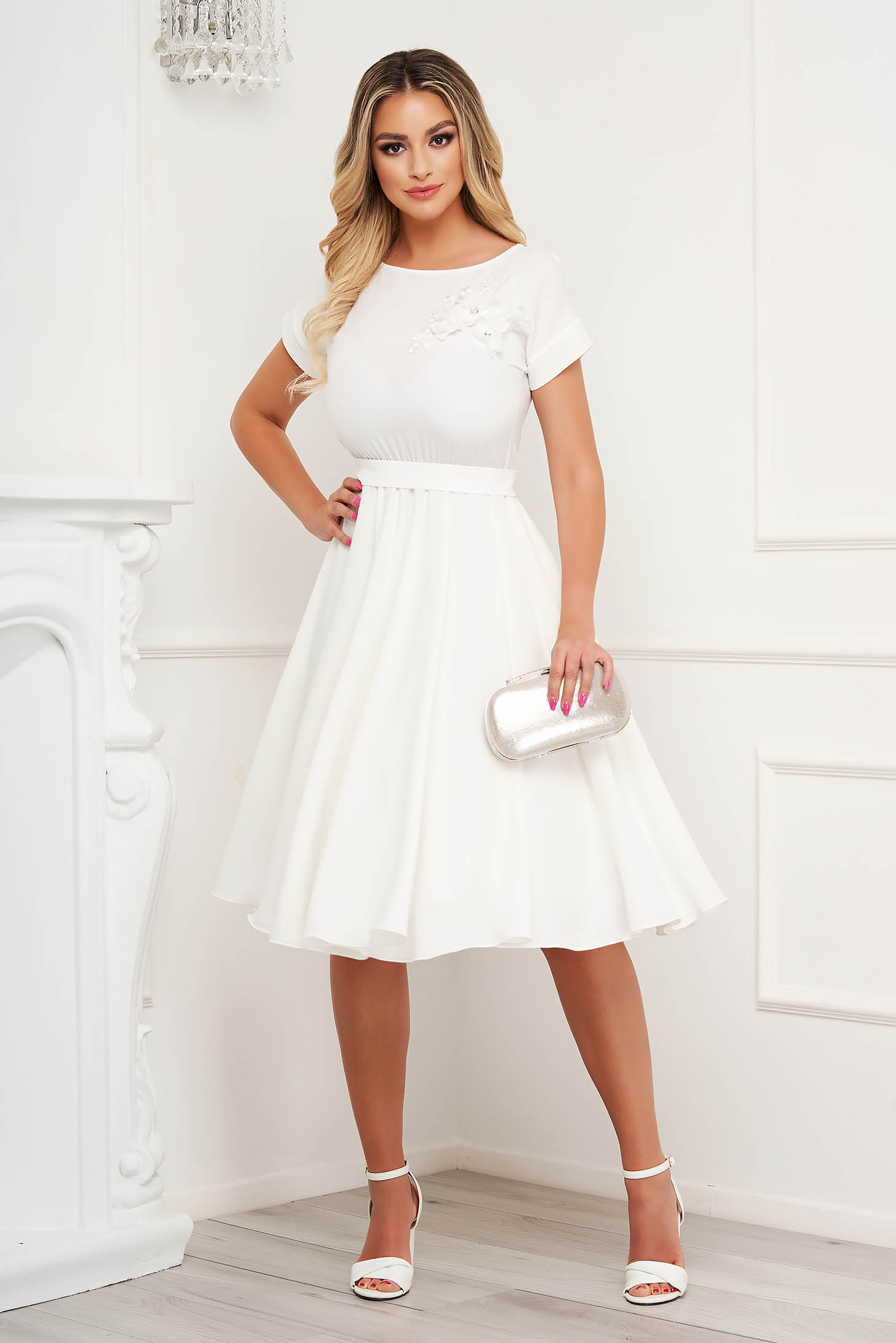 StarShinerS ivory dress occasional cloche with elastic waist with embroidery details
