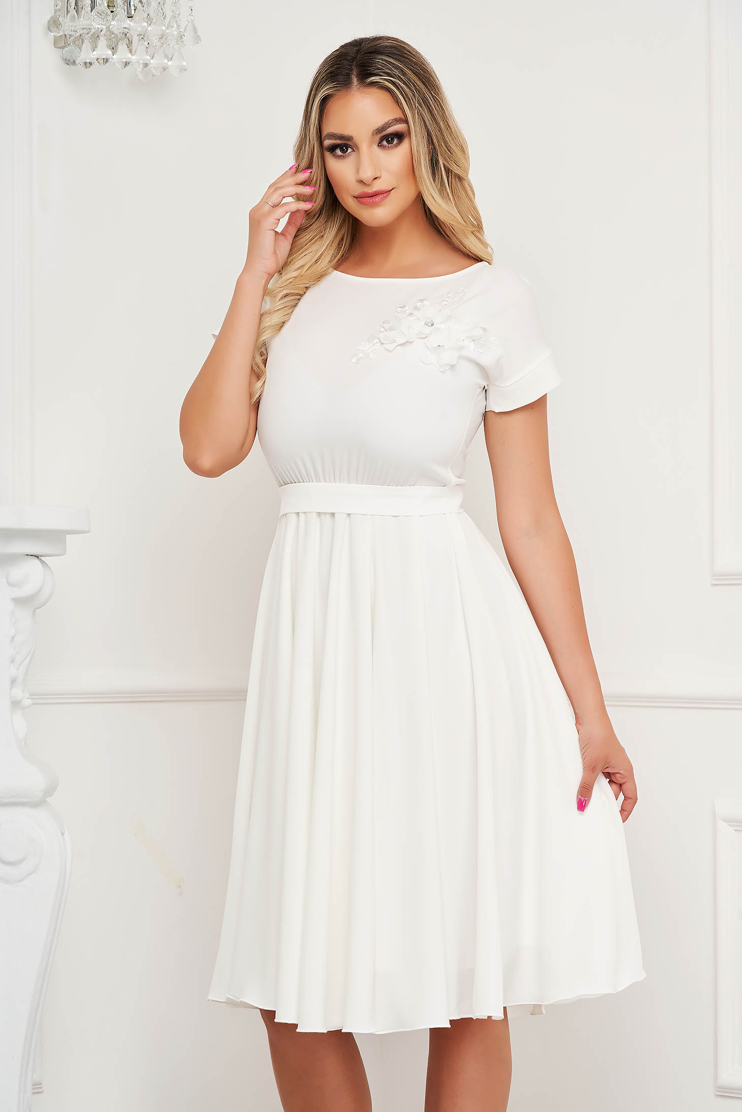 StarShinerS ivory dress occasional cloche with elastic waist with embroidery details midi