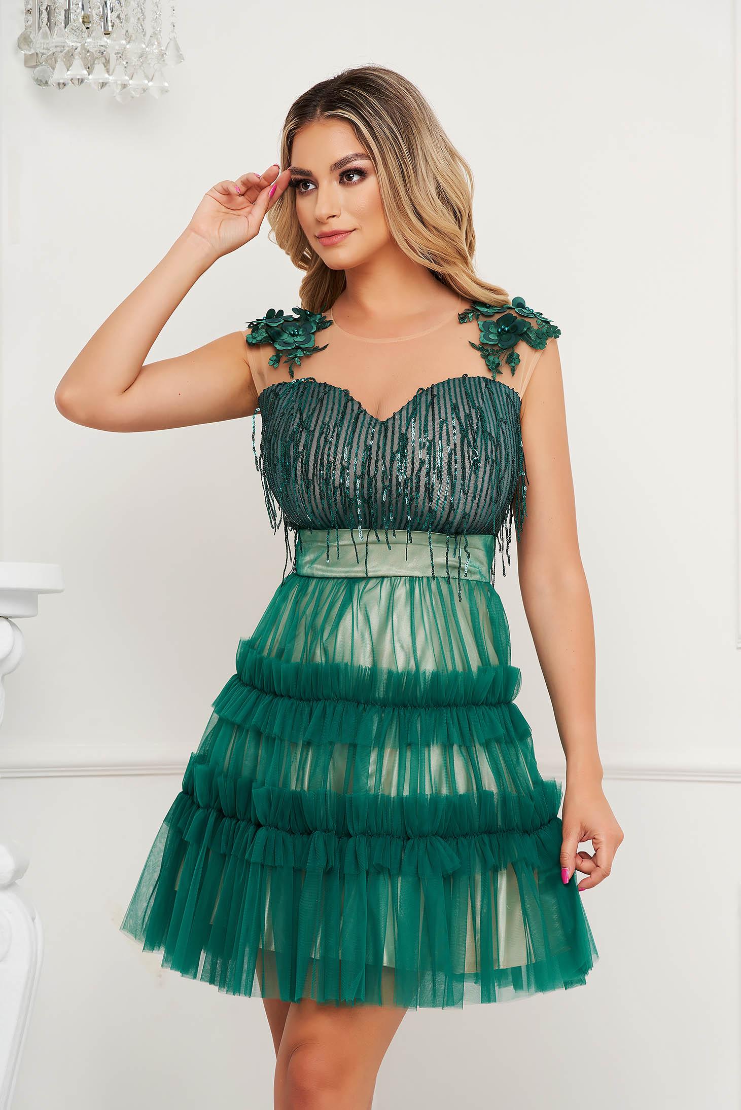 Rochie SunShine verde de ocazie cu croi in a cu aplicatii cu paiete tulle si broderie florala