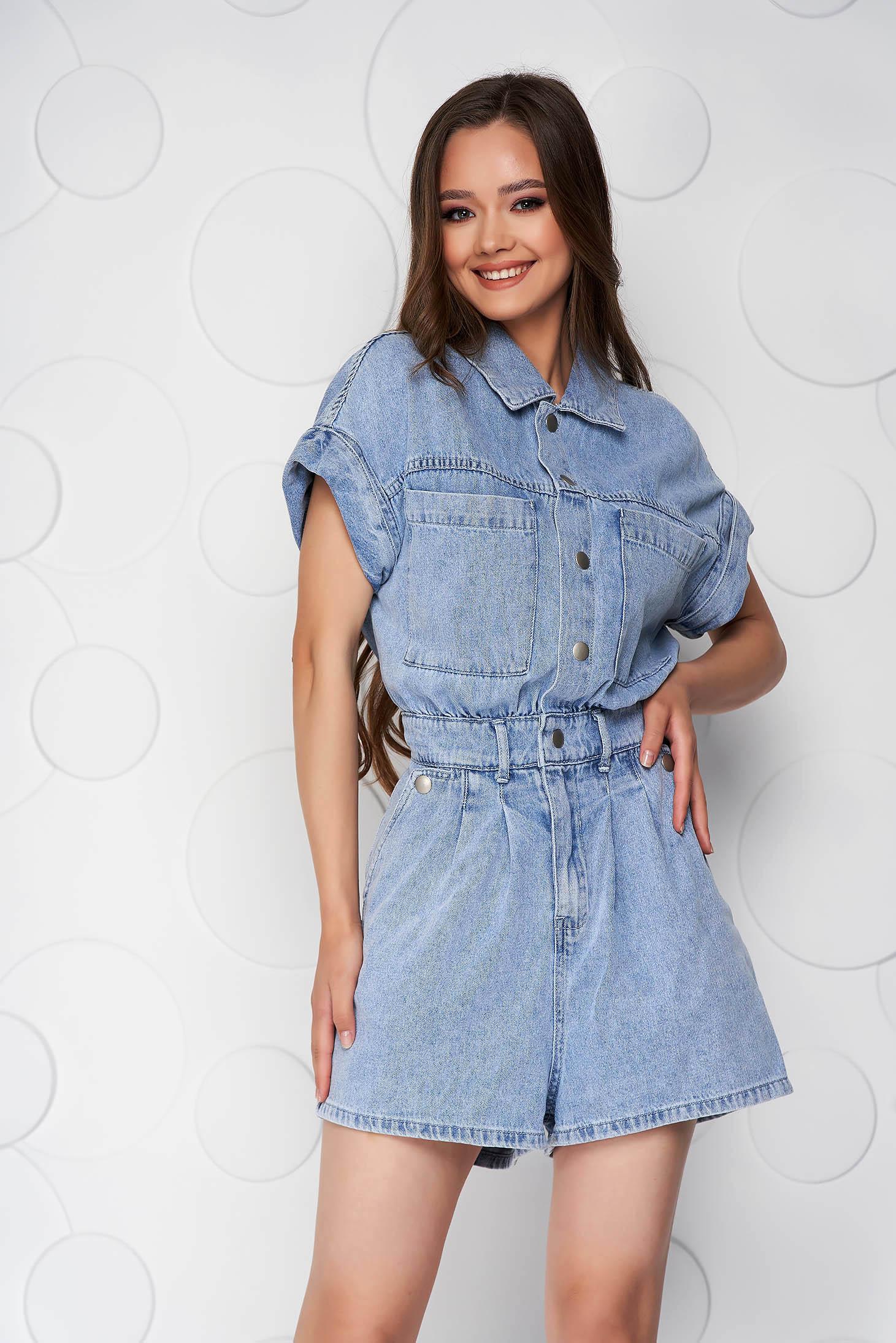 Salopeta SunShine albastra de blugi cu pantaloni scurti si buzunare
