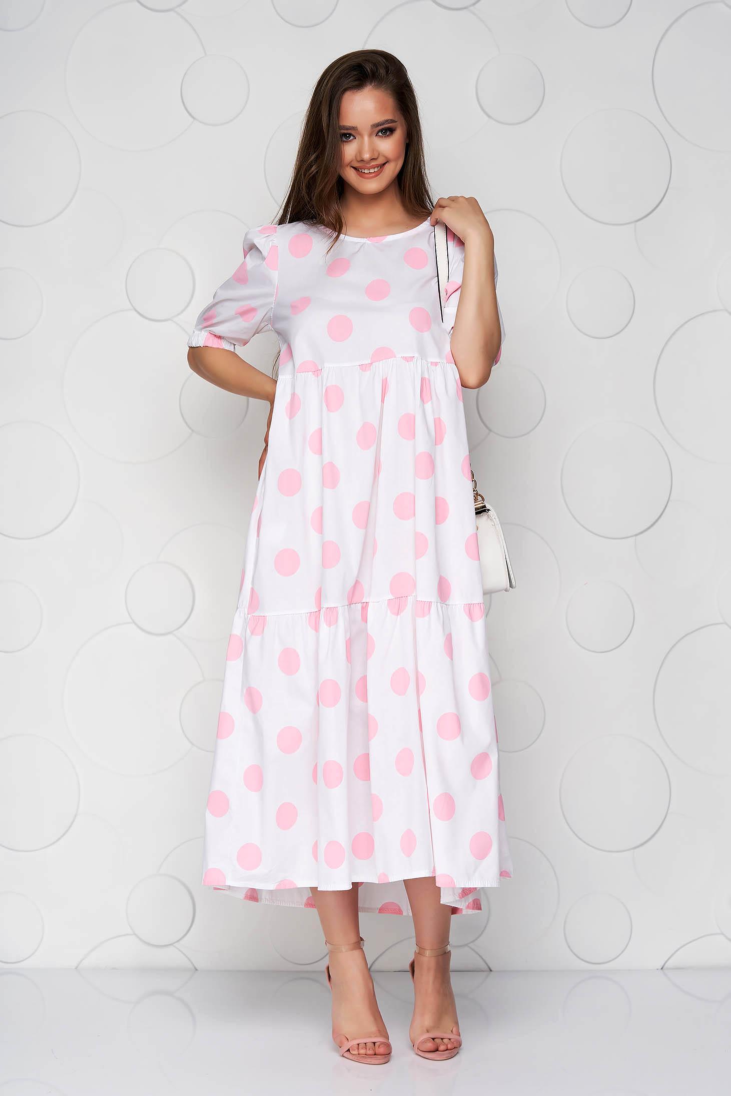 Rochie roz cu buline din material vaporos cu croi larg si volanase