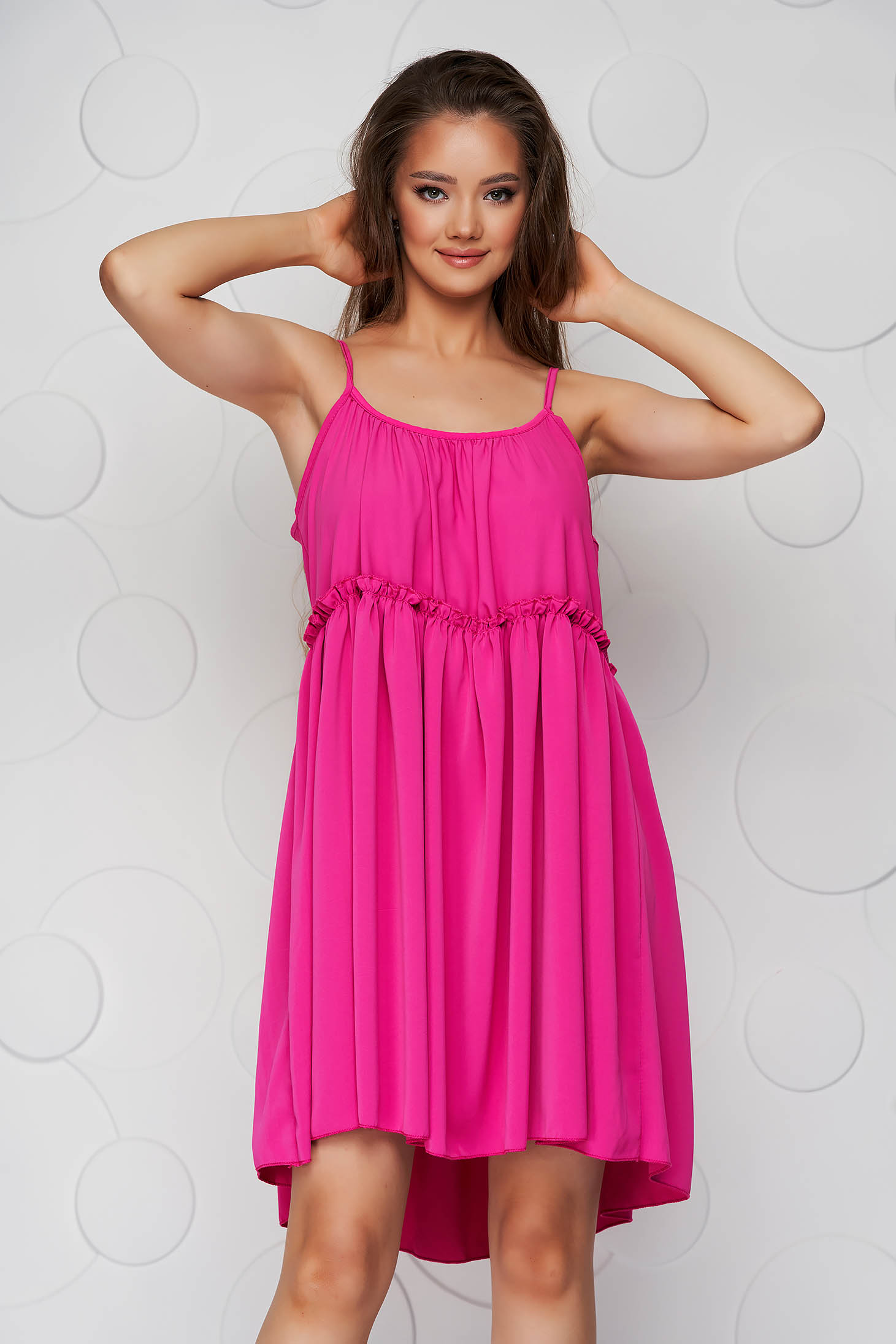 Pink dress thin fabric loose fit with straps with rounded cleavage airy fabric